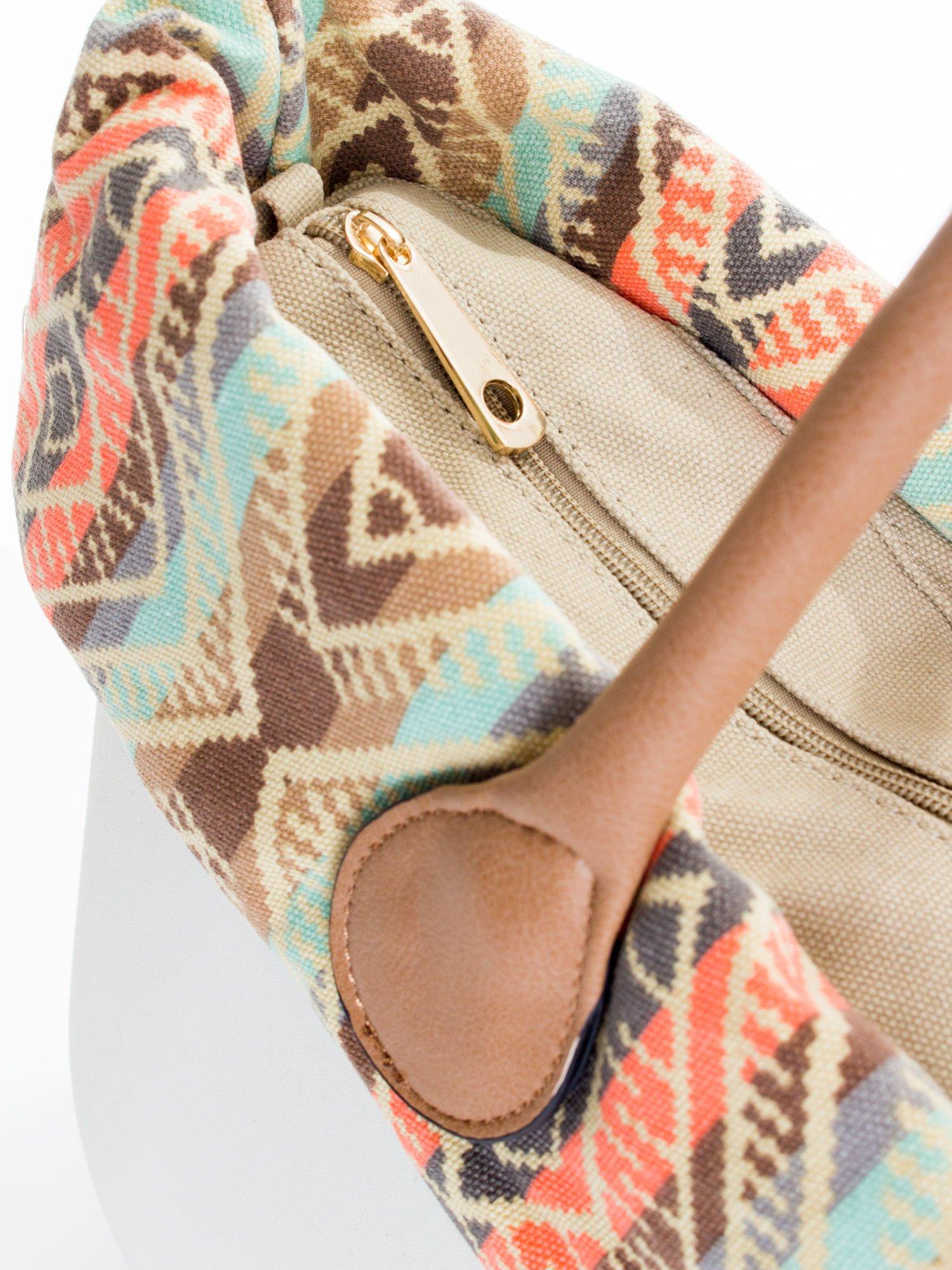 Biała torba gumowa z motywem azteckim                                  zdj.                                  4