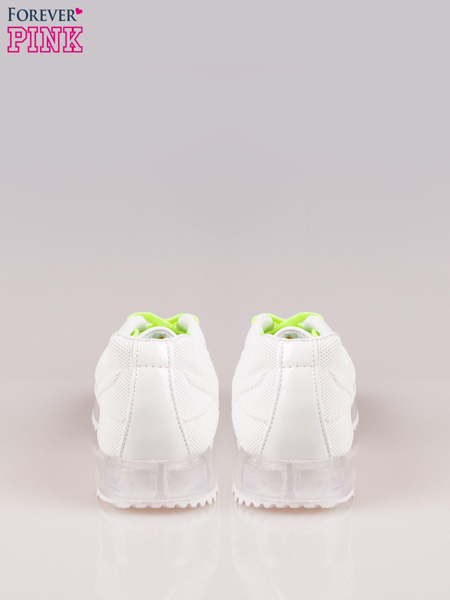 Białe siateczkowe buty sportowe damskie na rowkowanej podeszwie                                  zdj.                                  3