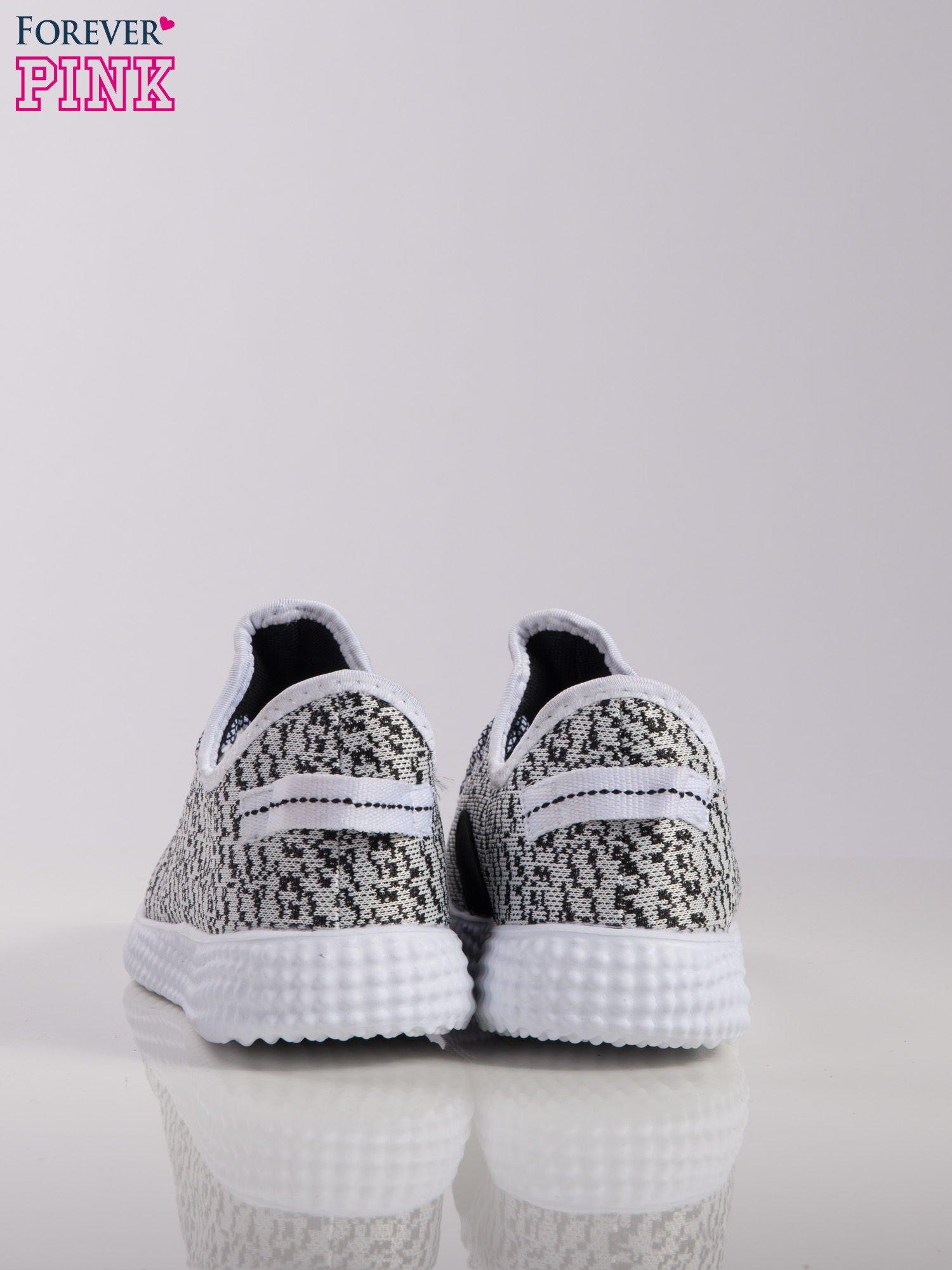 02973ca3 ... Biało-czarne marmurkowe buty sportowe pattern z tkaniny z uchwytem z  tyłu na białej podeszwie ...