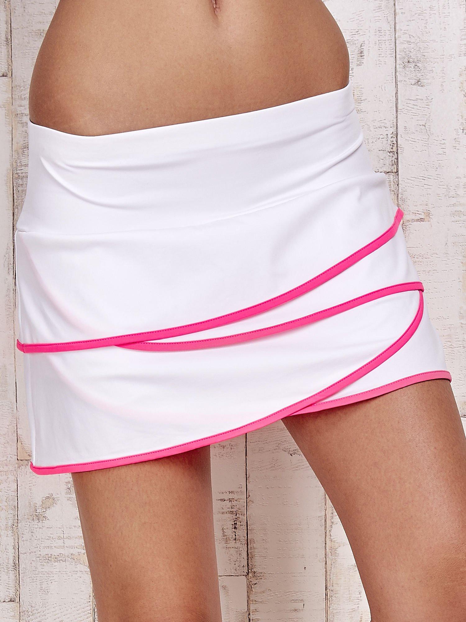 Biało-różowe spodenki spódniczka tenisowa z falbankami                                  zdj.                                  4