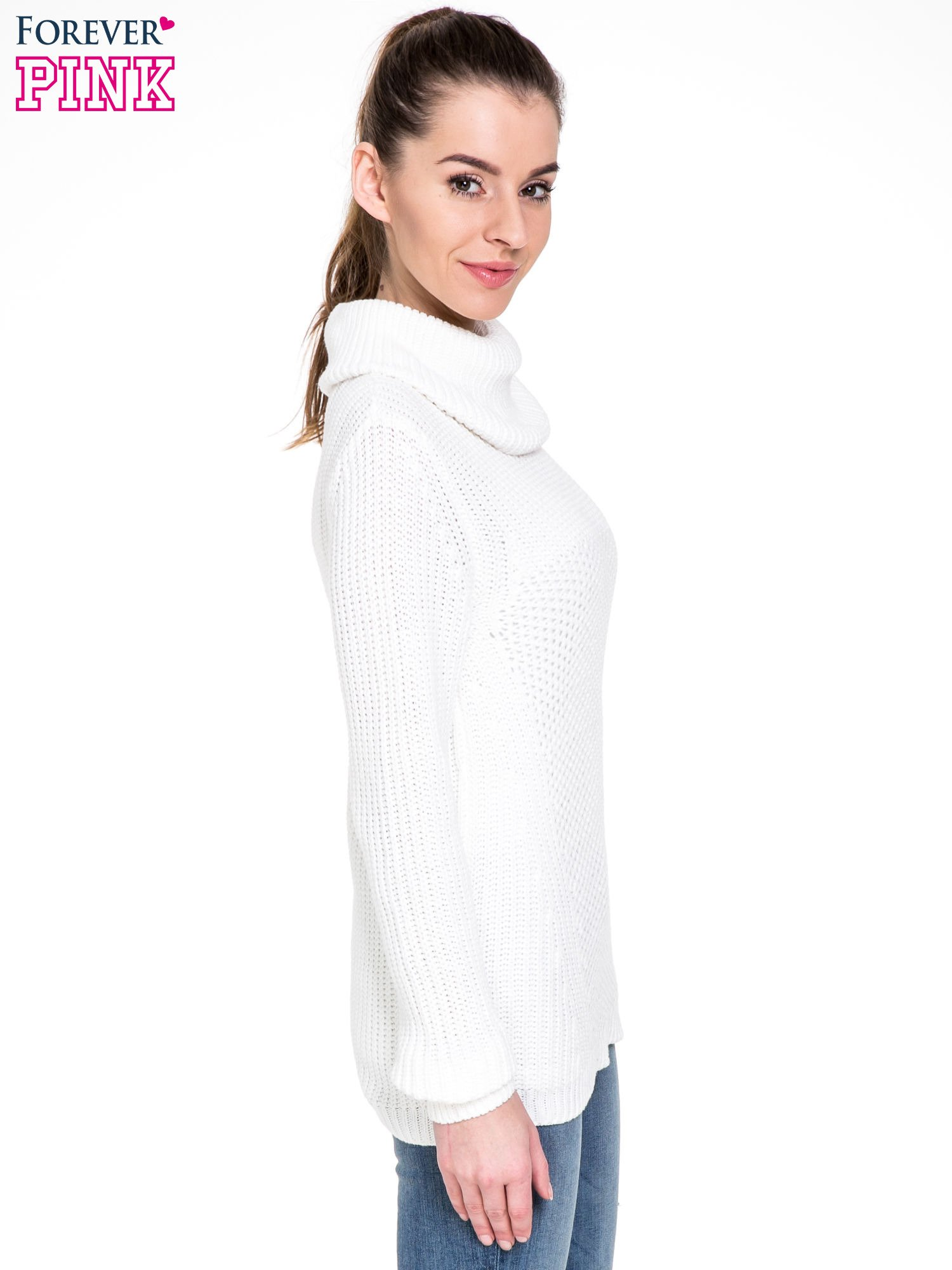 Biały ciepły sweter z golfowym kołnierzem                                  zdj.                                  3