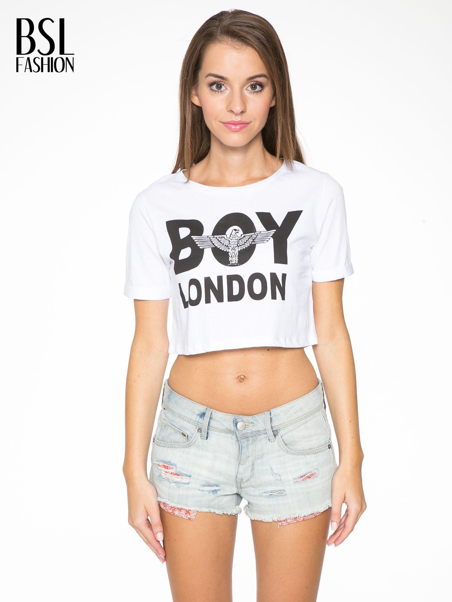 Biały cropped t-shirt z napisem BOY LONDON                                  zdj.                                  1