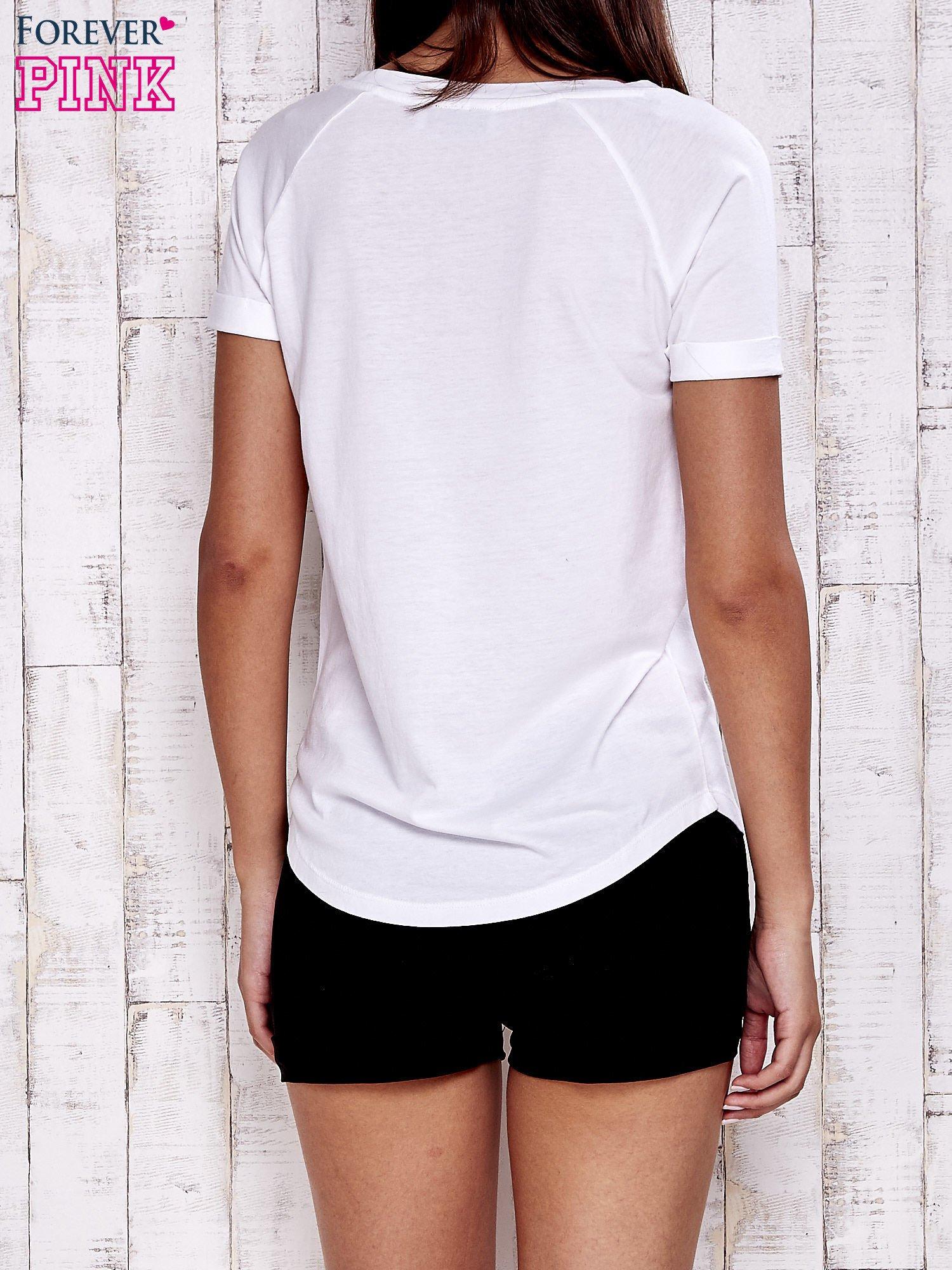 Biały gładki t-shirt basic                                  zdj.                                  4