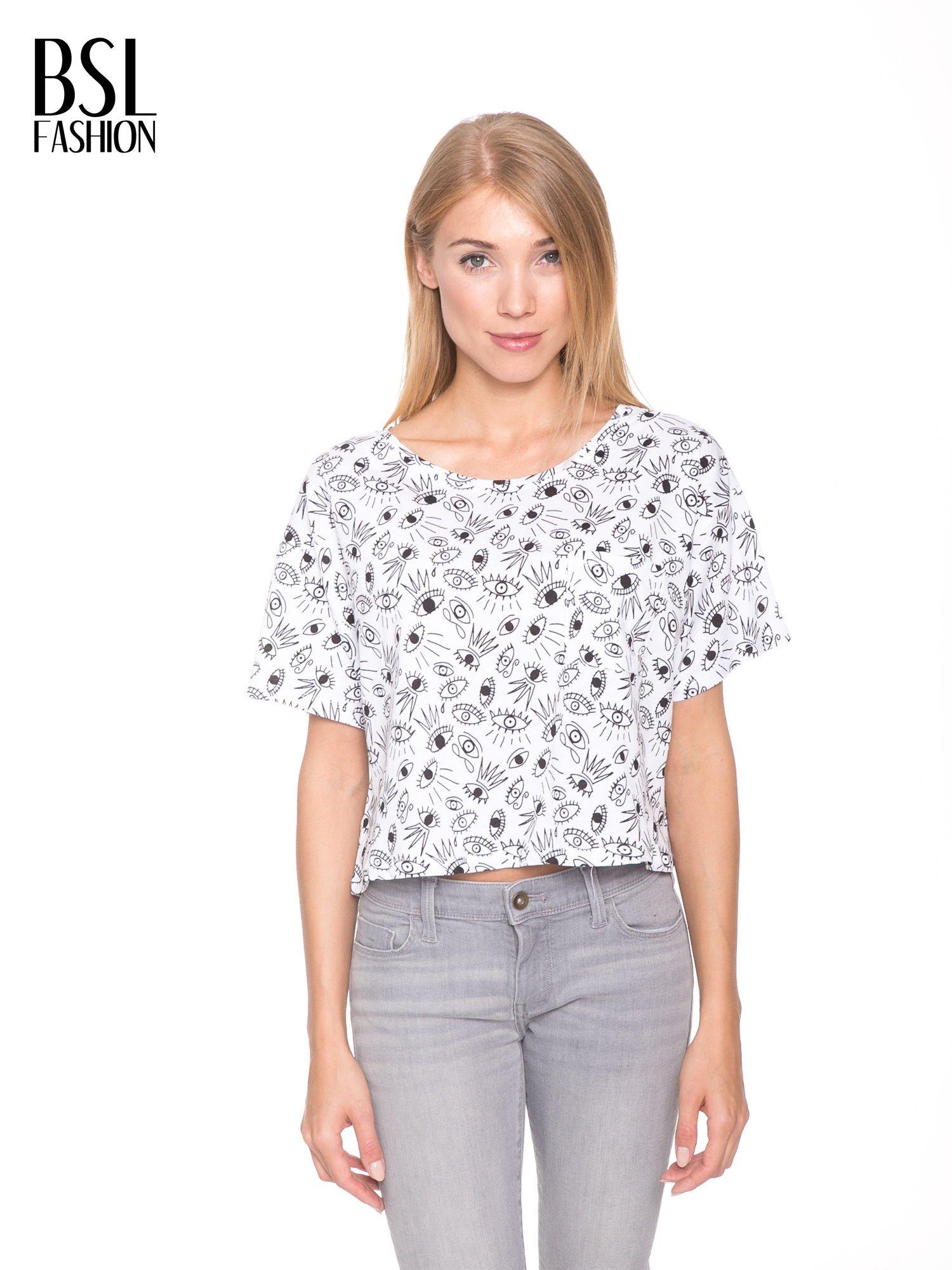 Biały luźny krótki t-shirt z kieszonką w nadruk oczu                                  zdj.                                  1