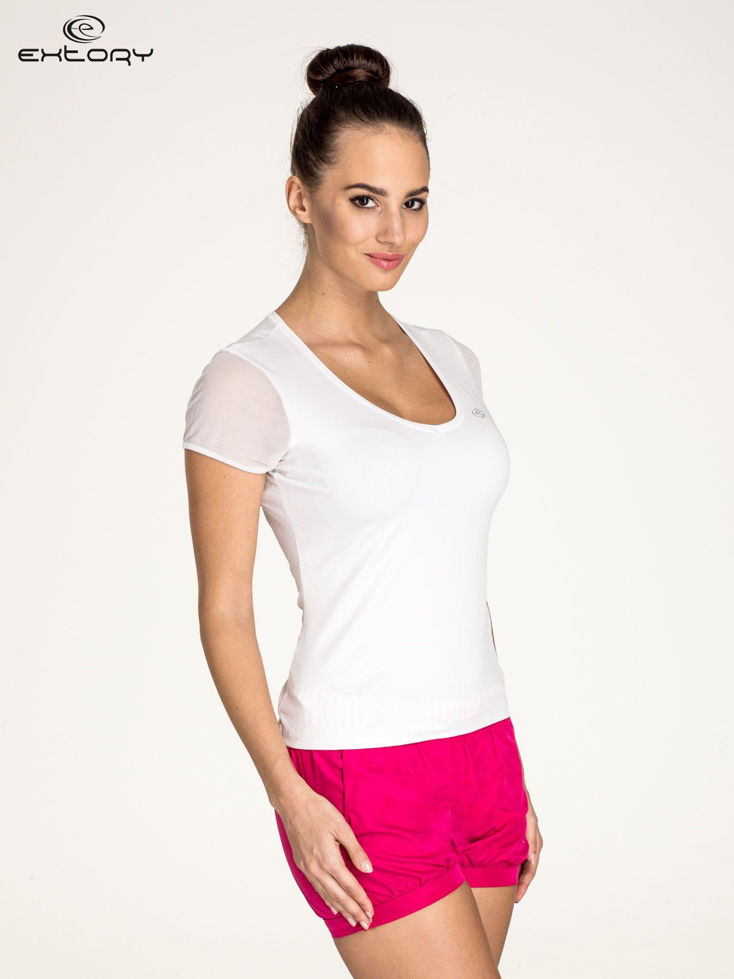 Biały panterkowy t-shirt sportowy PLUS SIZE                                  zdj.                                  3