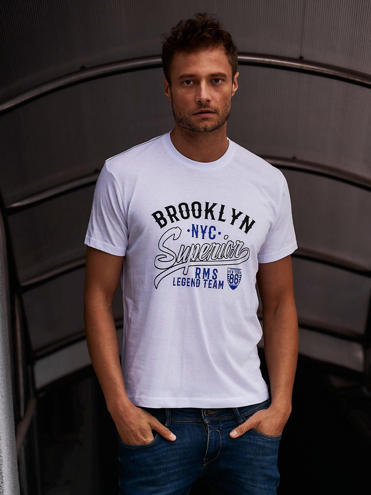 Biały t-shirt męski z napisem BROOKLYN NYC                                  zdj.                                  1