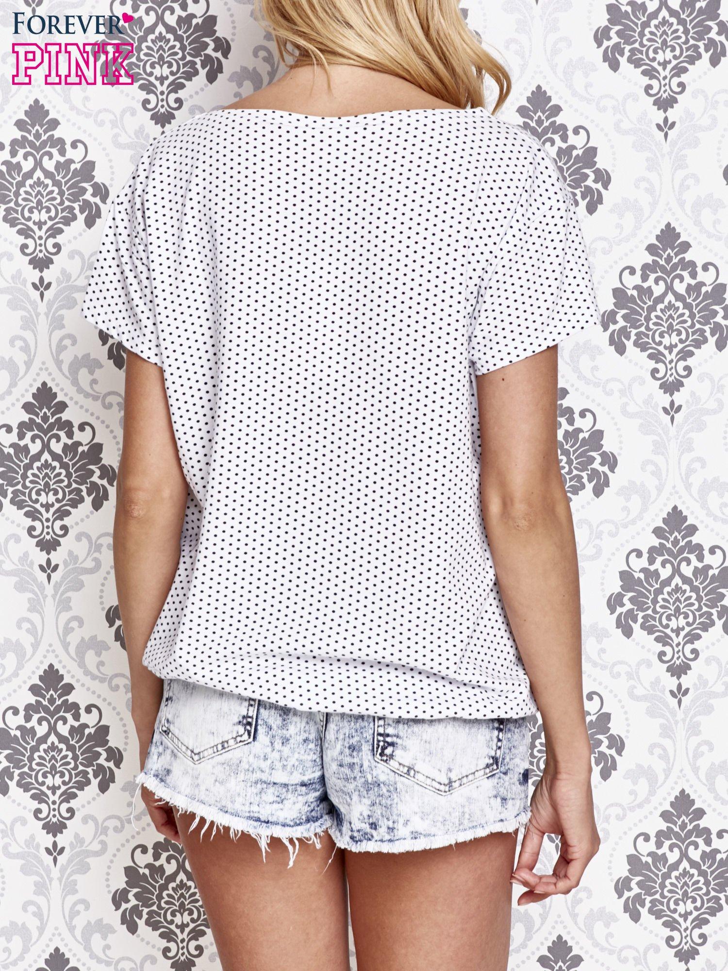 Biały t-shirt w drobne groszki z napisem LIU J❤                                  zdj.                                  4
