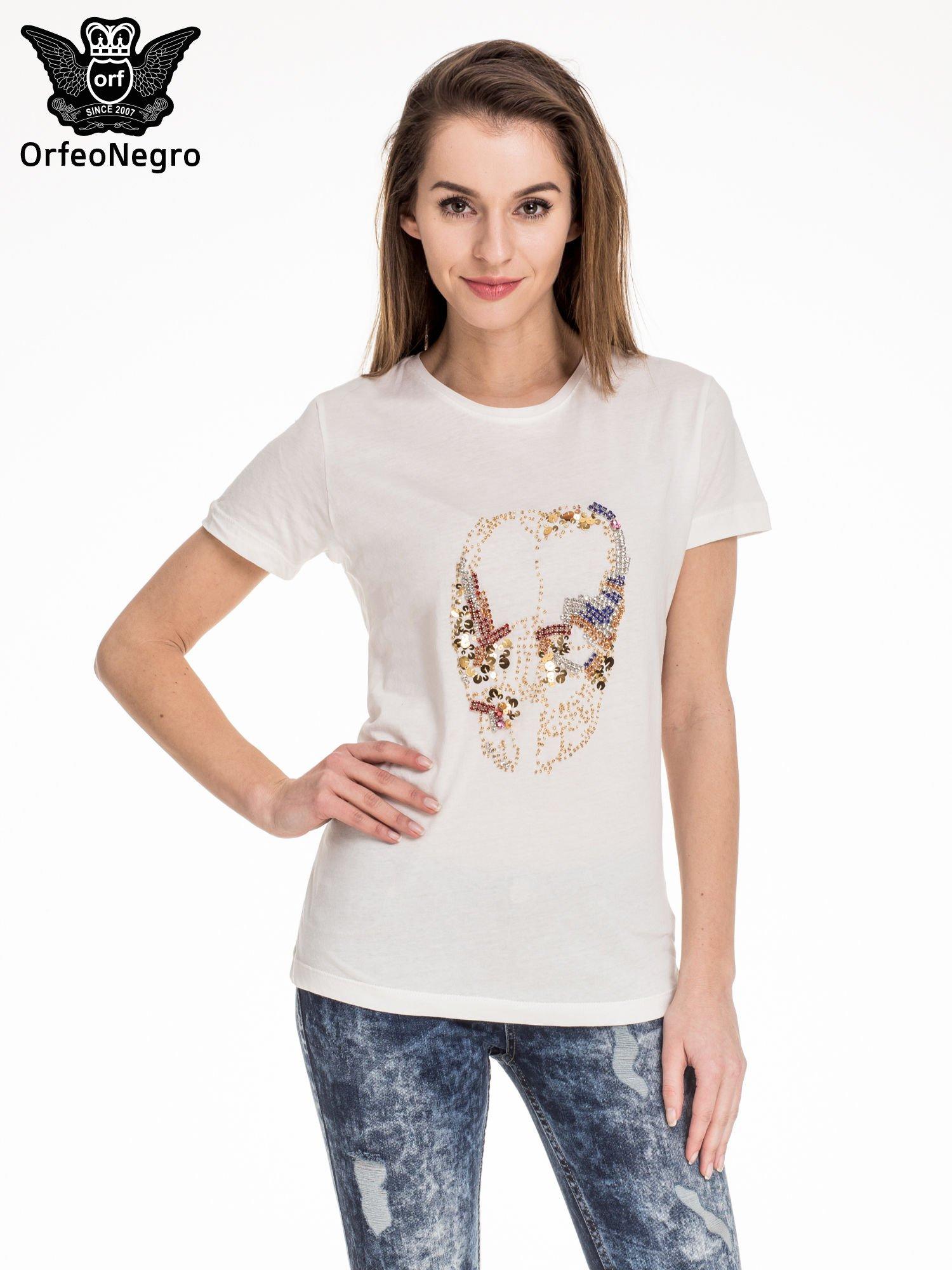 Biały t-shirt z aplikacją czaszki z cekinów                                  zdj.                                  1