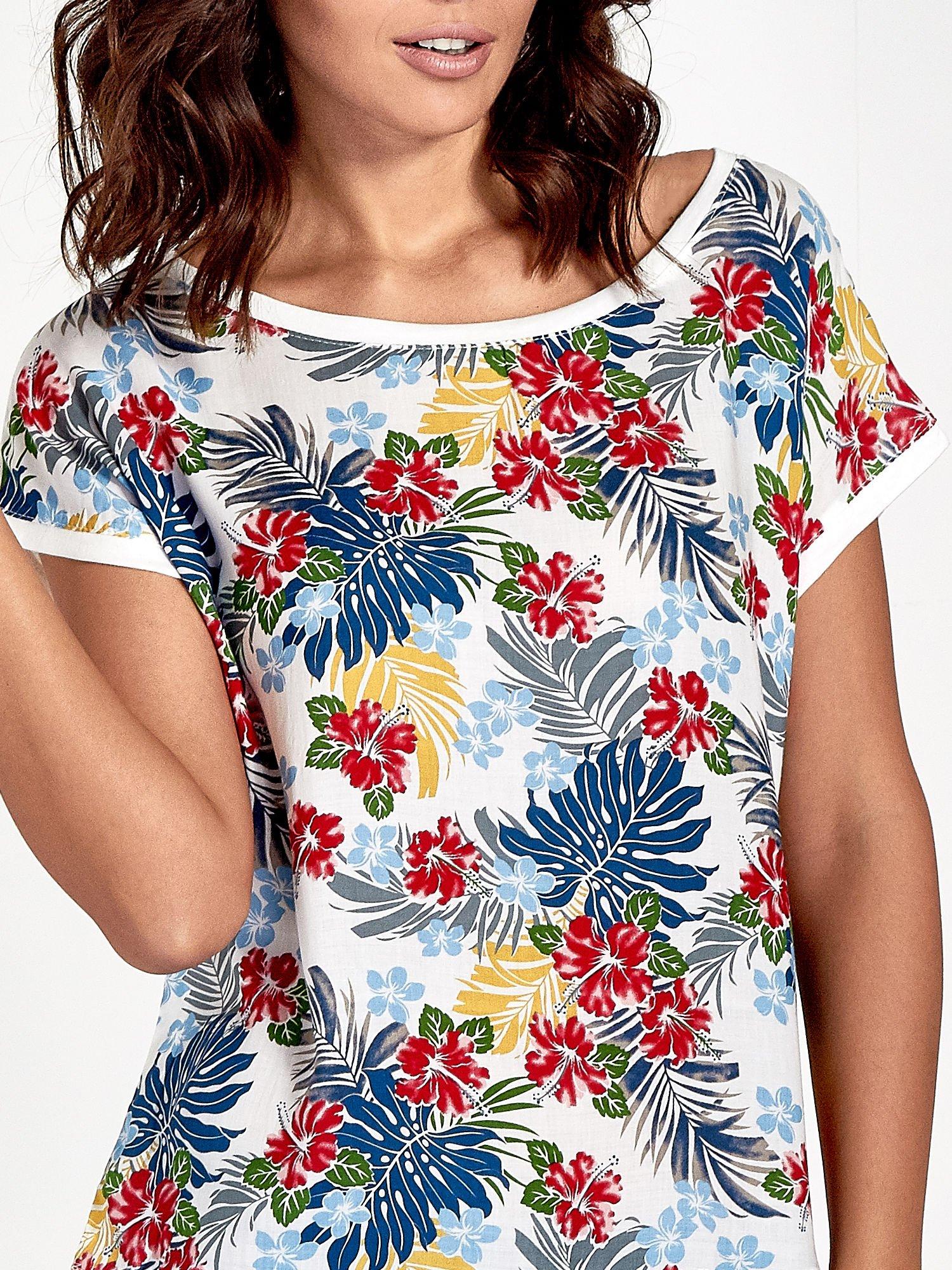Biały t-shirt z nadrukiem kwiatowym                                  zdj.                                  5