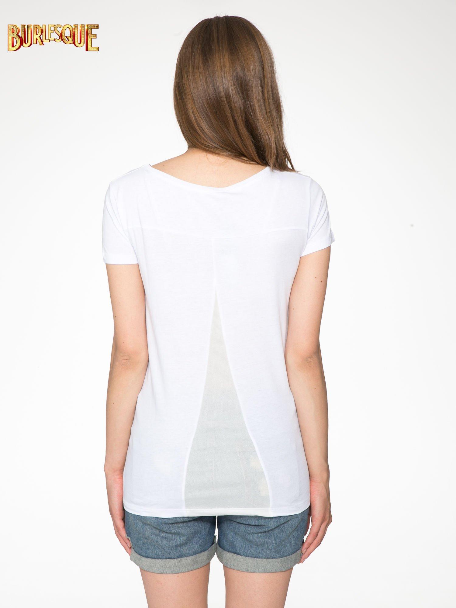 Biały t-shirt z nadrukiem stokrotki z dżetami                                  zdj.                                  3