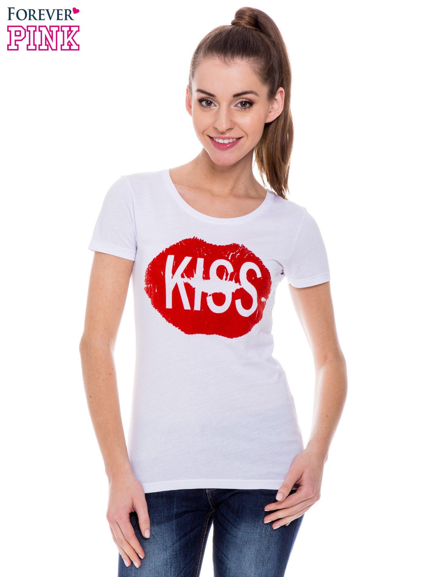 Biały t-shirt z nadrukiem ust KISS                                  zdj.                                  1