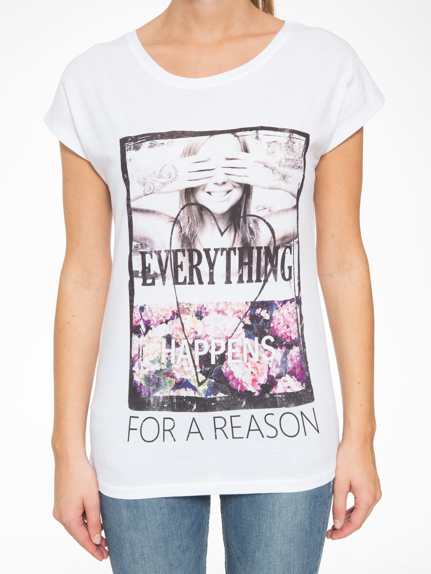 Biały t-shirt z napisem EVERYTHING HAPPENS FOR A REASON                                  zdj.                                  7