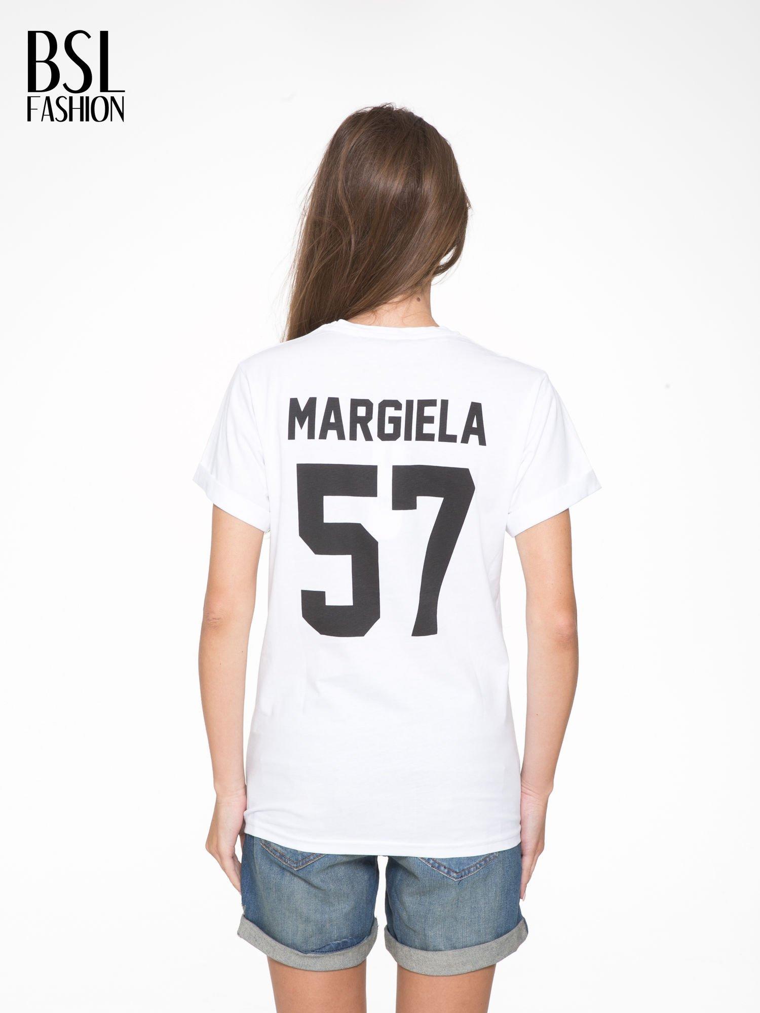 Biały t-shirt z napisem MARGIELA 47 na plecach                                  zdj.                                  5
