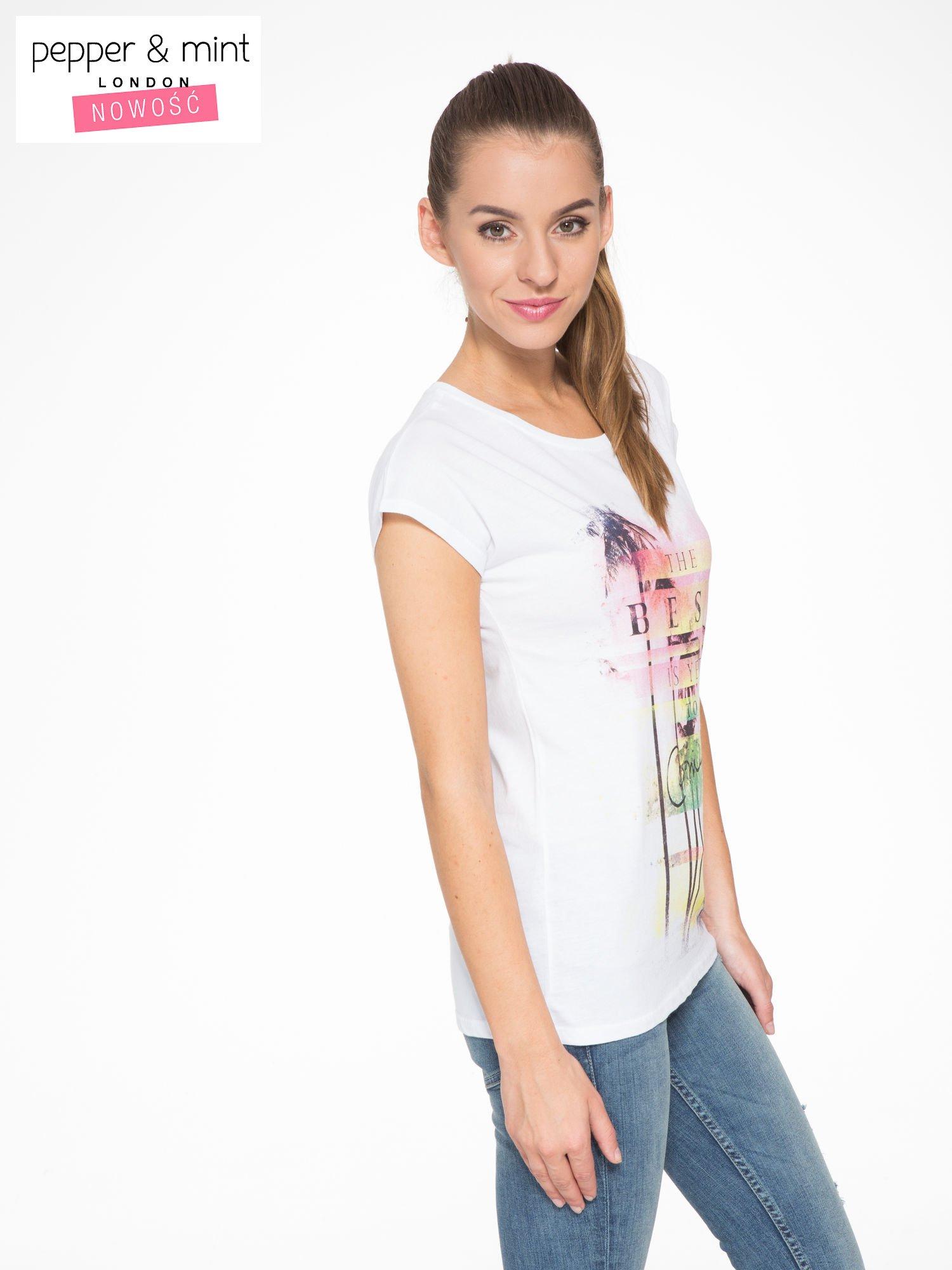 Biały t-shirt z napisem THE BEST IS YET TO COME                                  zdj.                                  3