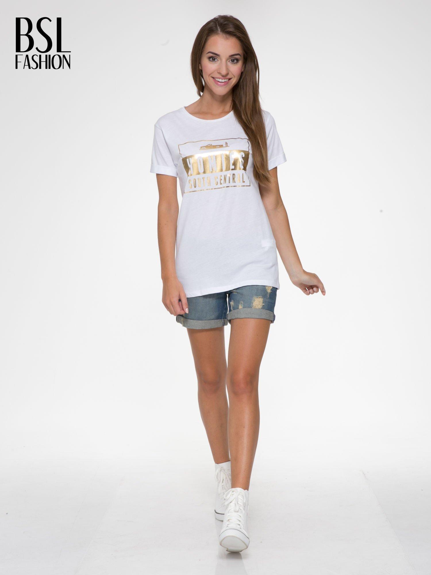 Biały t-shirt ze złotym napisem HOMIES SOUTH CENTRAL                                  zdj.                                  5