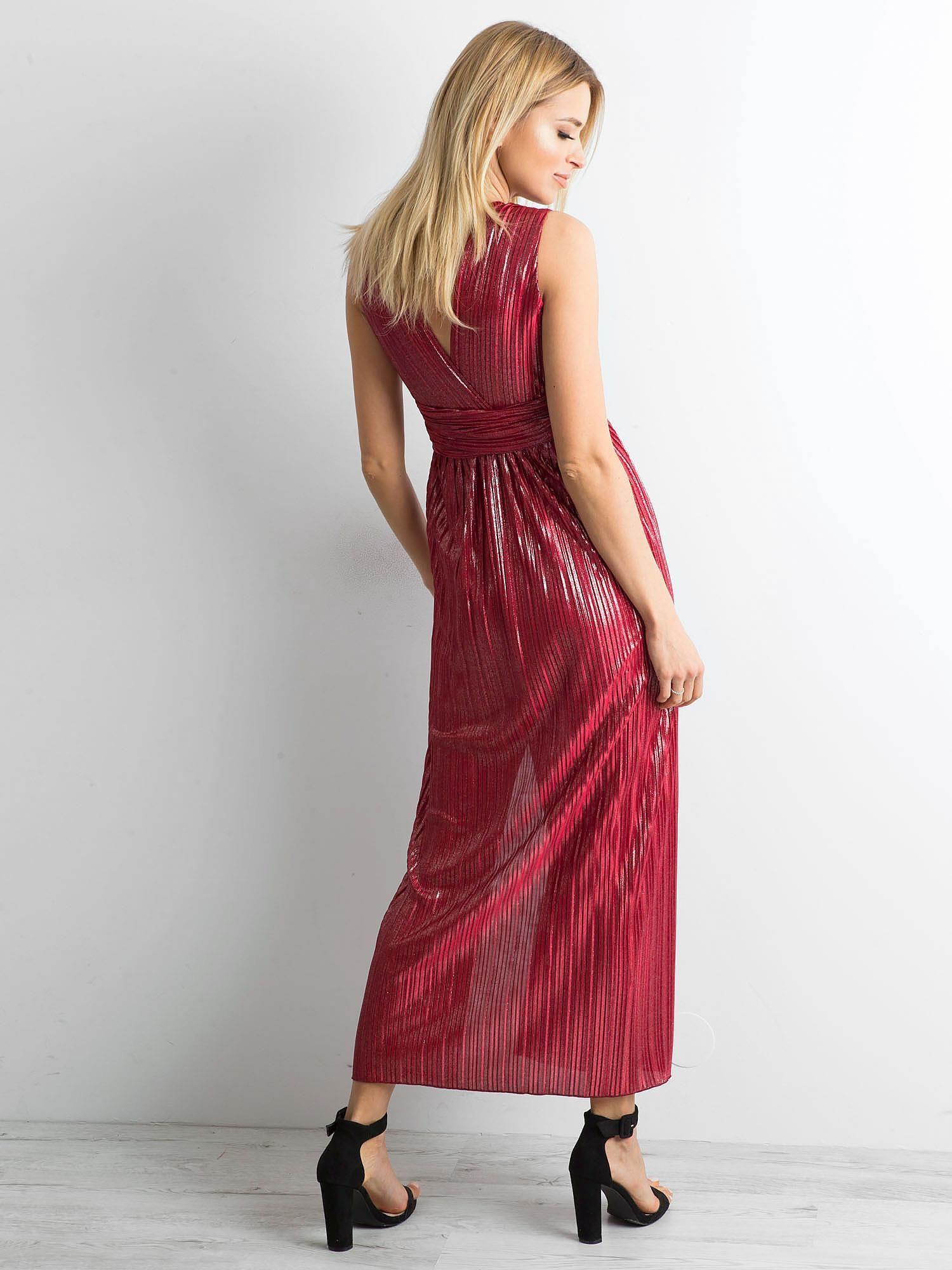 edf83eaf93 Bordowa plisowana sukienka maxi - Sukienka wieczorowa - sklep eButik.pl