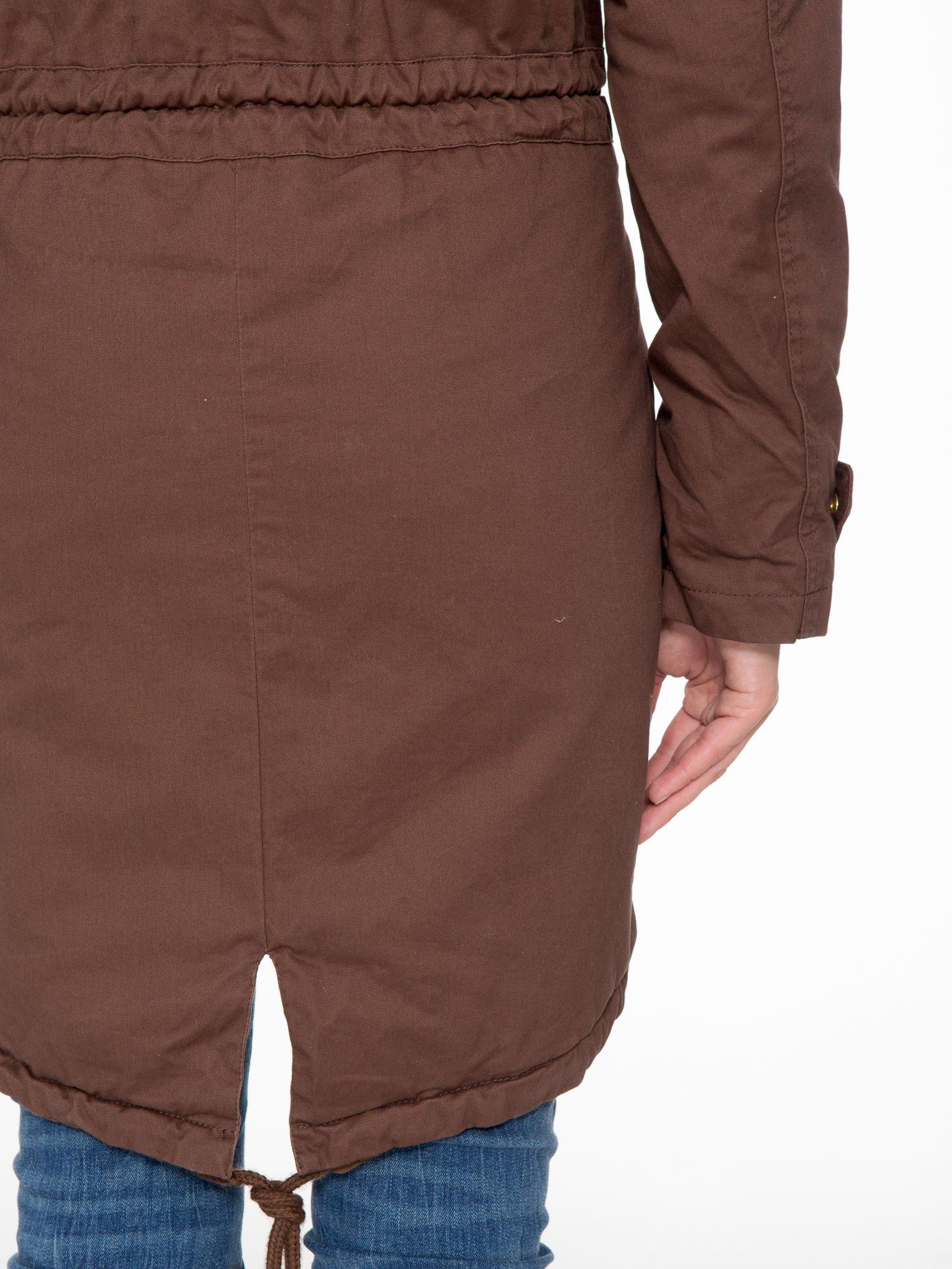 Brązowa kurtka typu parka z futrzanym kapturem                                  zdj.                                  11