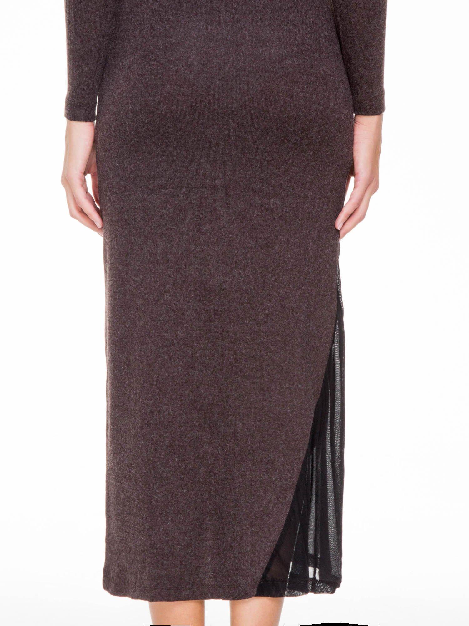Brązowa maxi sukienka z asymetryczną wstawką na dole z tiulu                                  zdj.                                  7