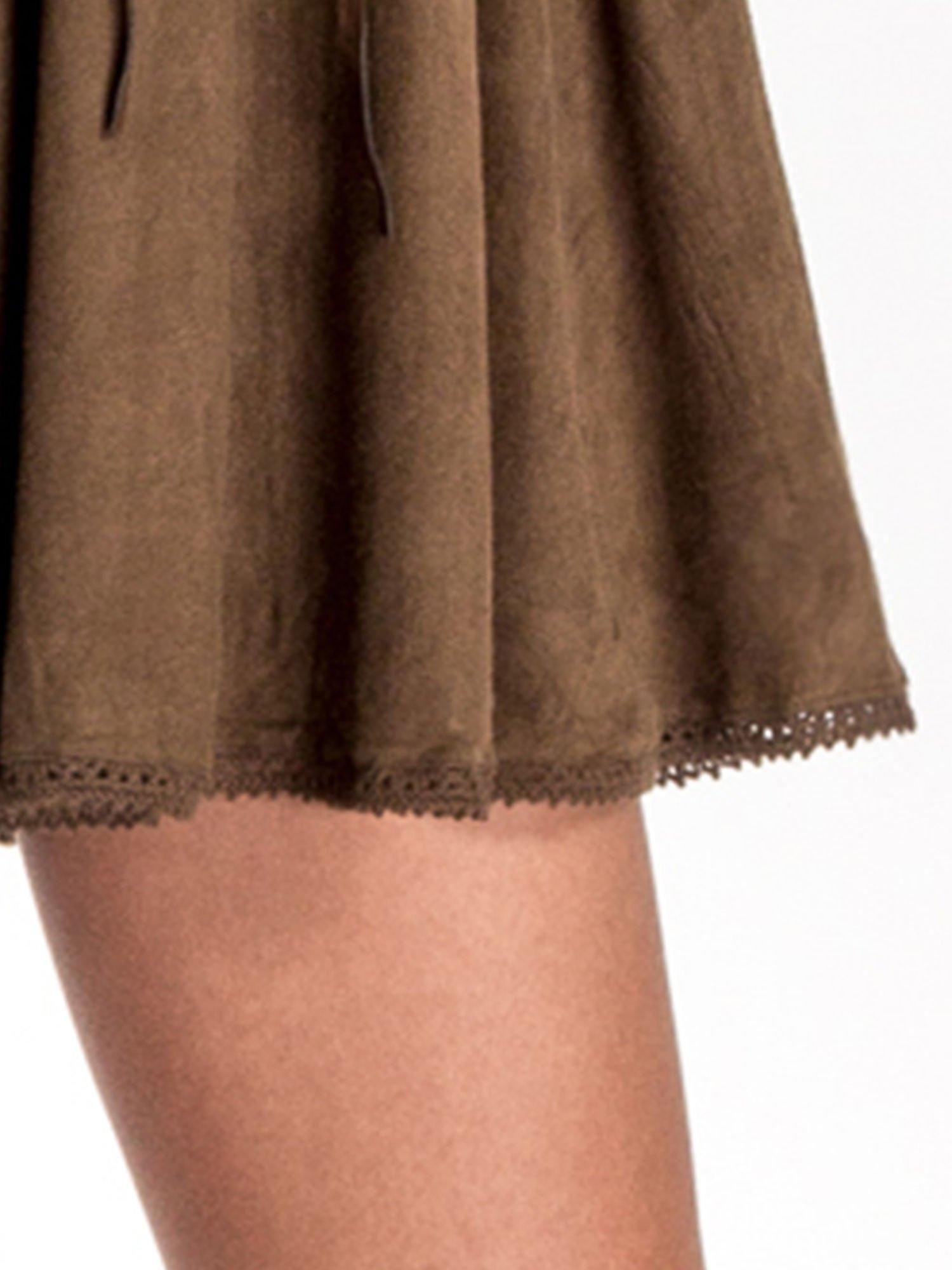 Brązowa sukienka z zamszu w stylu boho                                  zdj.                                  6