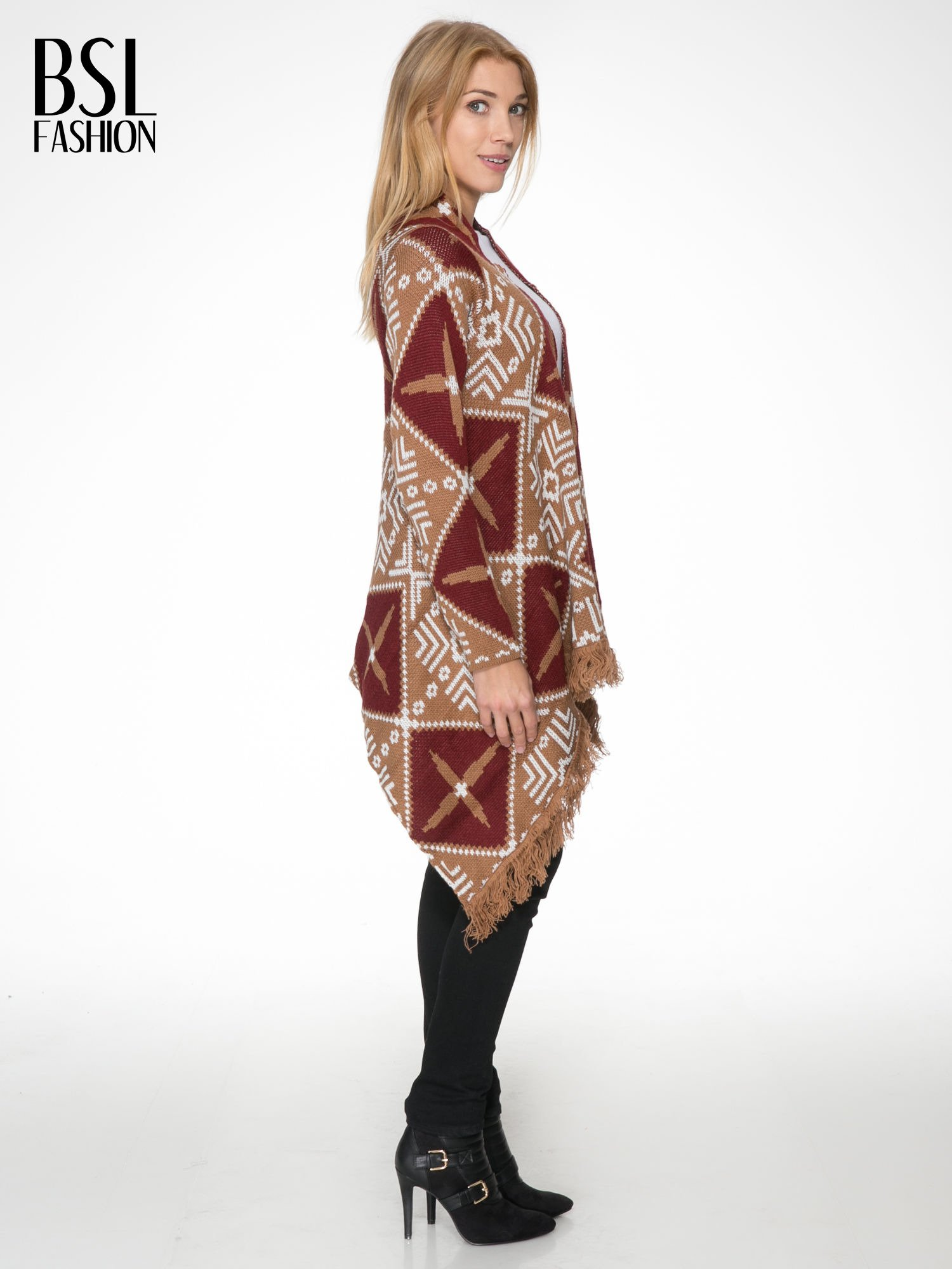Brązowy sweter narzutka w azteckie wzory z frędzlami                                  zdj.                                  3
