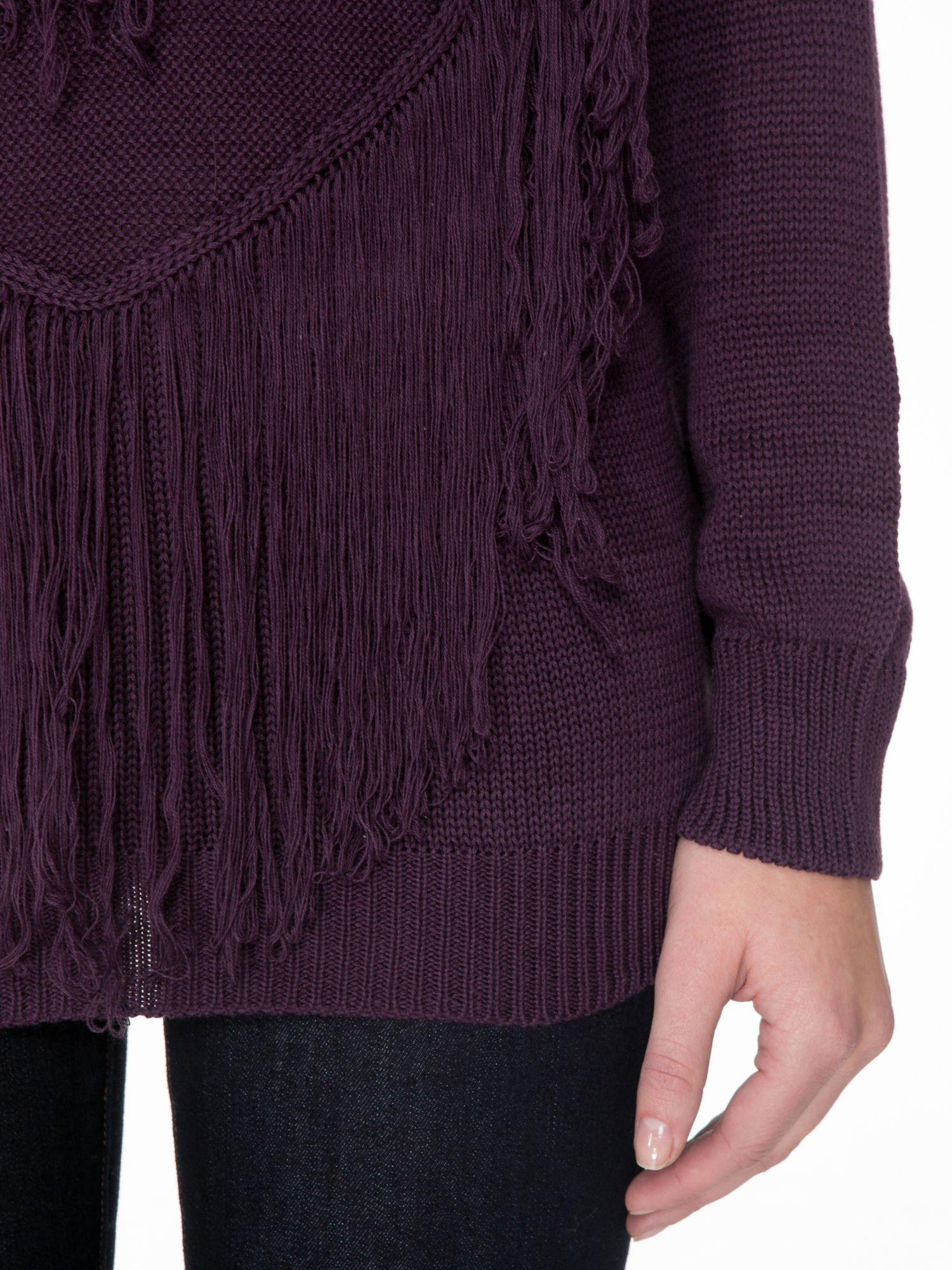 Ciemnofioletowy sweter z sercem obszytym frędzlami                                  zdj.                                  6