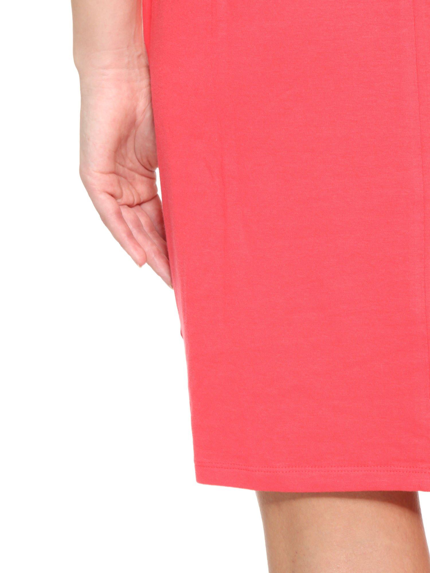 Ciemnokoralowa sukienka dresowa z kieszeniami                                  zdj.                                  12