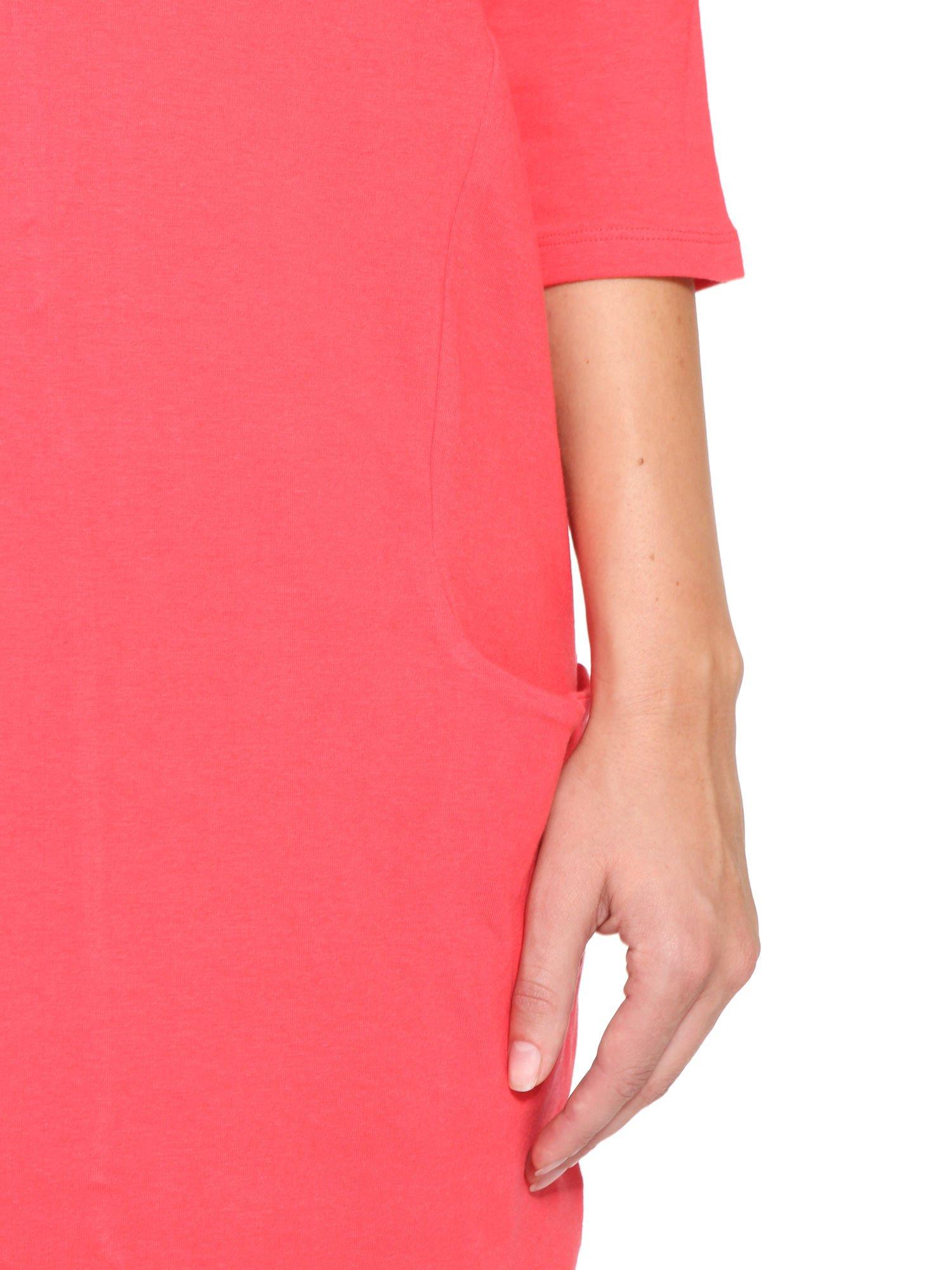 Ciemnokoralowa sukienka dresowa z kieszeniami                                  zdj.                                  8