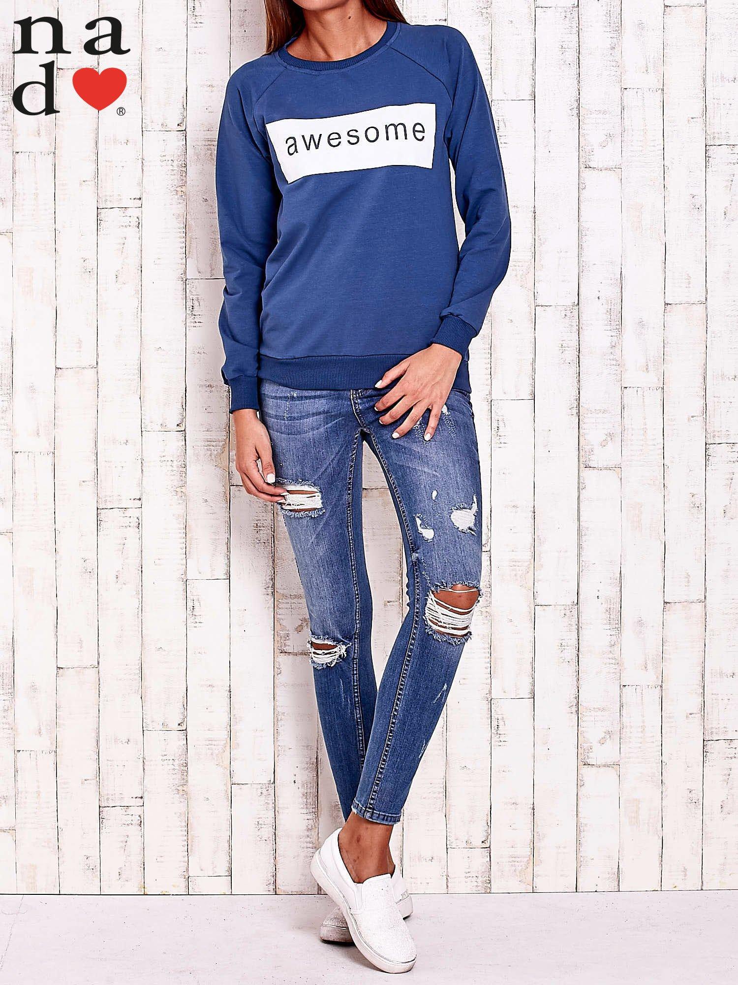 Ciemnoniebieska bluza z napisem AWESOME                                  zdj.                                  2