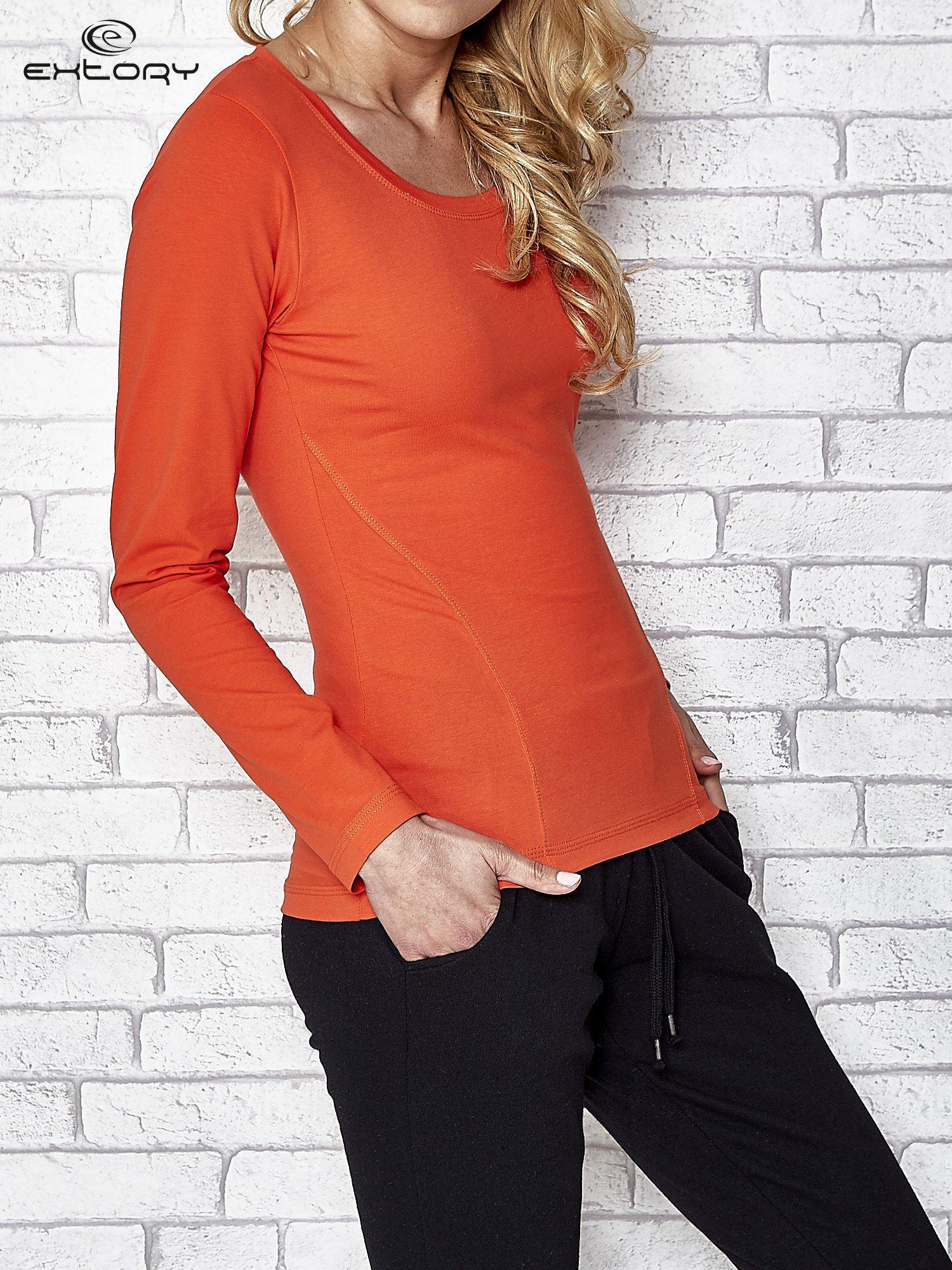 Ciemnopomarańczowa bluzka sportowa z dekoltem U                                  zdj.                                  3