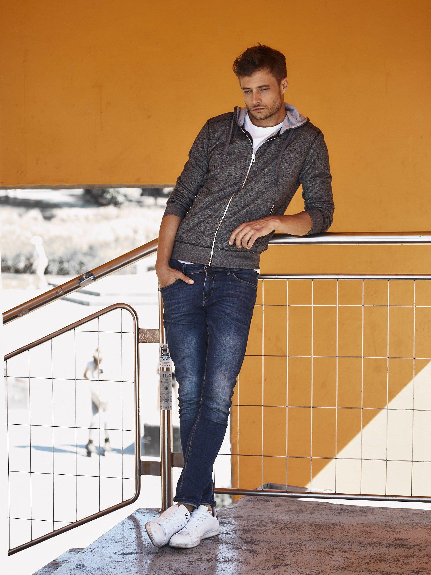 Ciemnoszara melanżowa bluza męska z zasuwanymi kieszeniami                                  zdj.                                  7