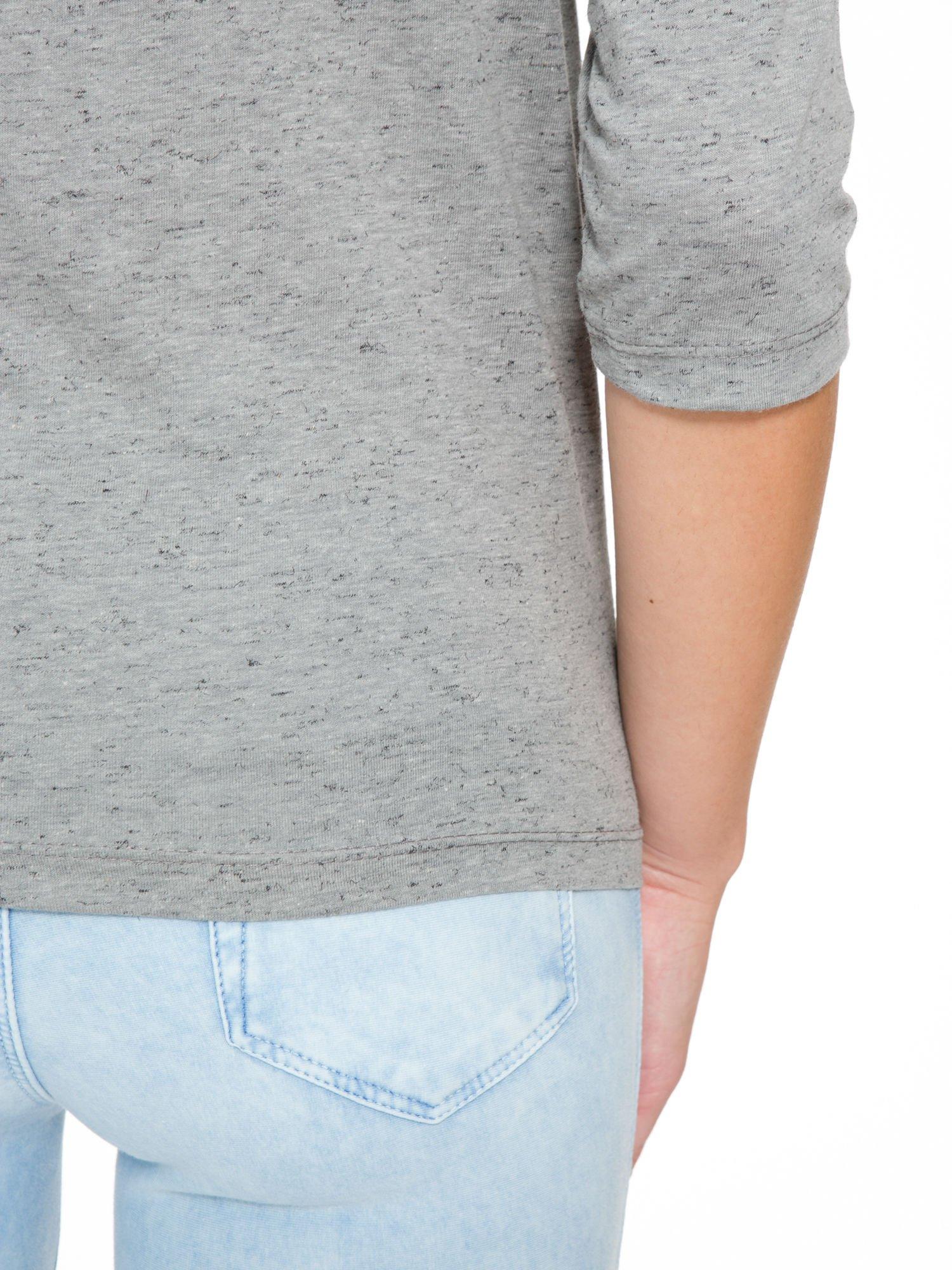 Ciemnoszara melanżowa bluzka z rękawami 3/4                                  zdj.                                  9