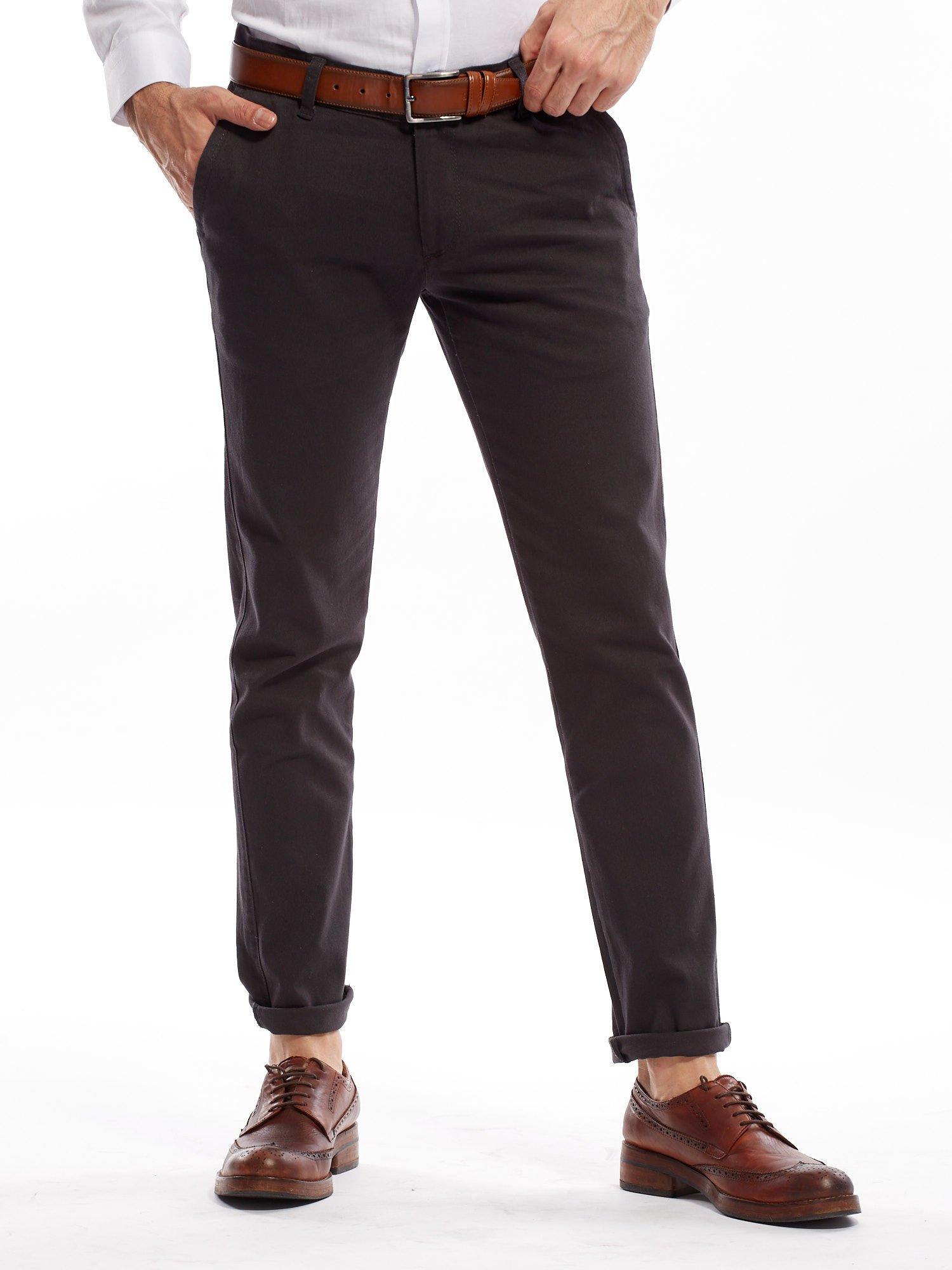 ef5dd2c5 Ciemnoszare spodnie męskie chinos - Mężczyźni Spodnie z materiału ...