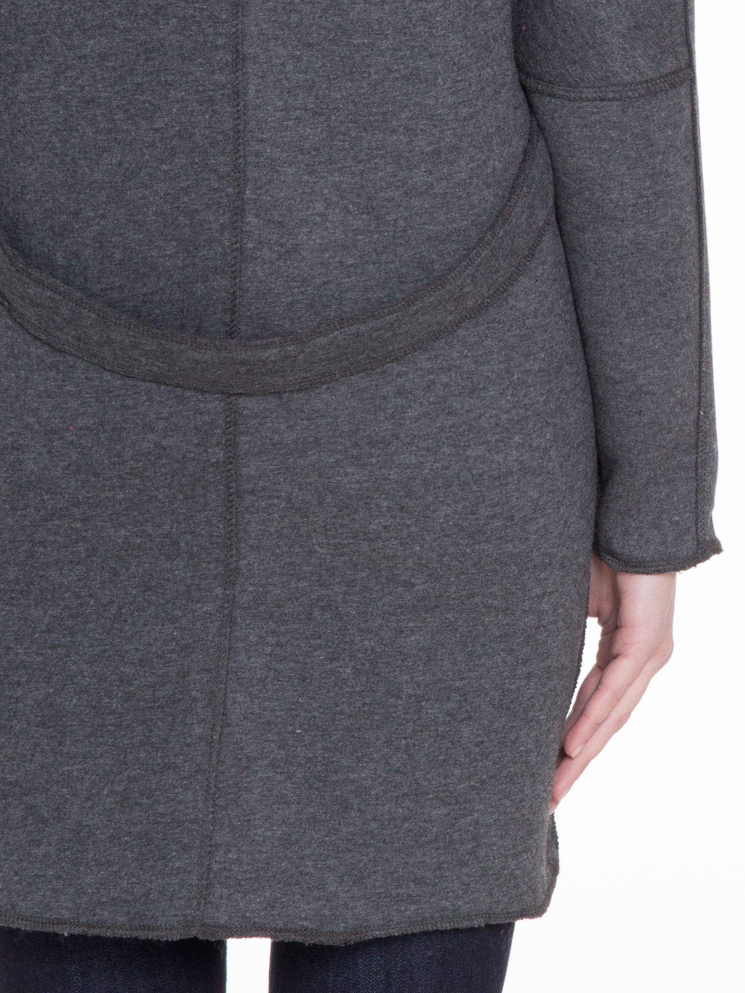 Ciemnoszary dresowy płaszcz o kroju oversize                                  zdj.                                  10