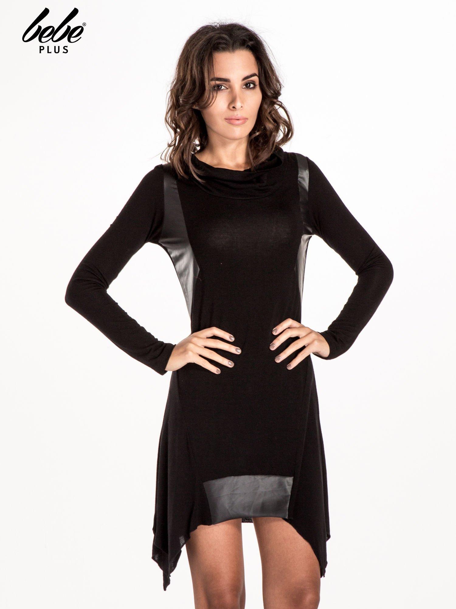 Czarna asymetryczna sukienka ze skórzanymi wstawkami                                  zdj.                                  1