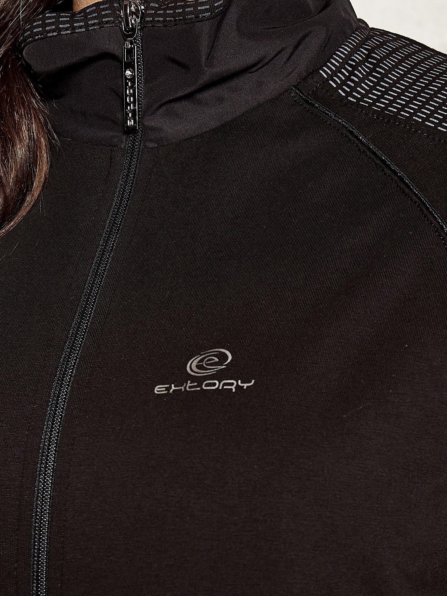 Czarna bluza sportowa fitness z wiązaniem                                  zdj.                                  4