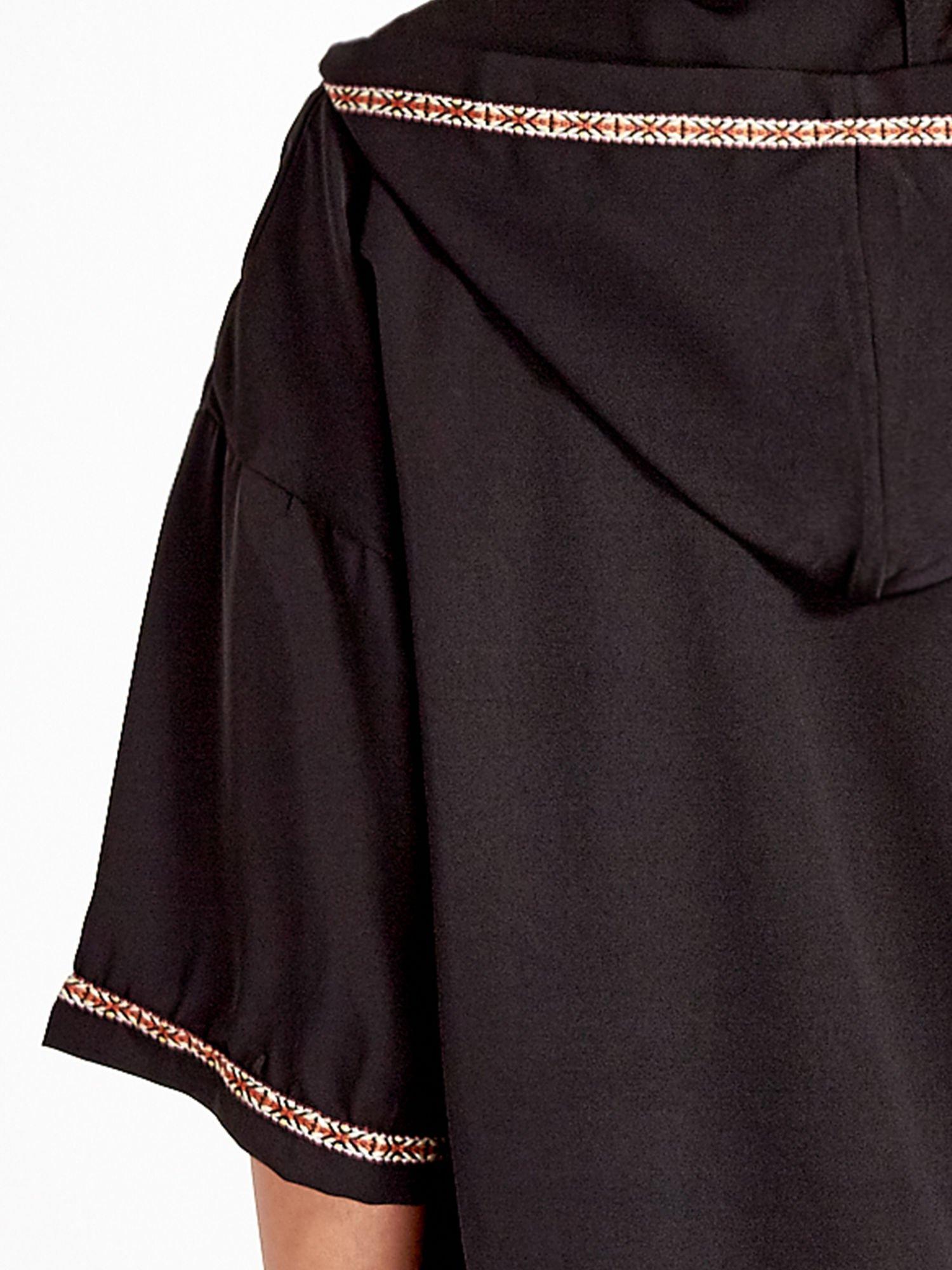 Czarna bluza z kapturem w stylu boho                                  zdj.                                  7