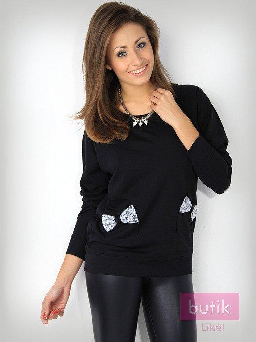 Czarna bluza z kieszonkami ozdobionymi kokardkami                                  zdj.                                  2
