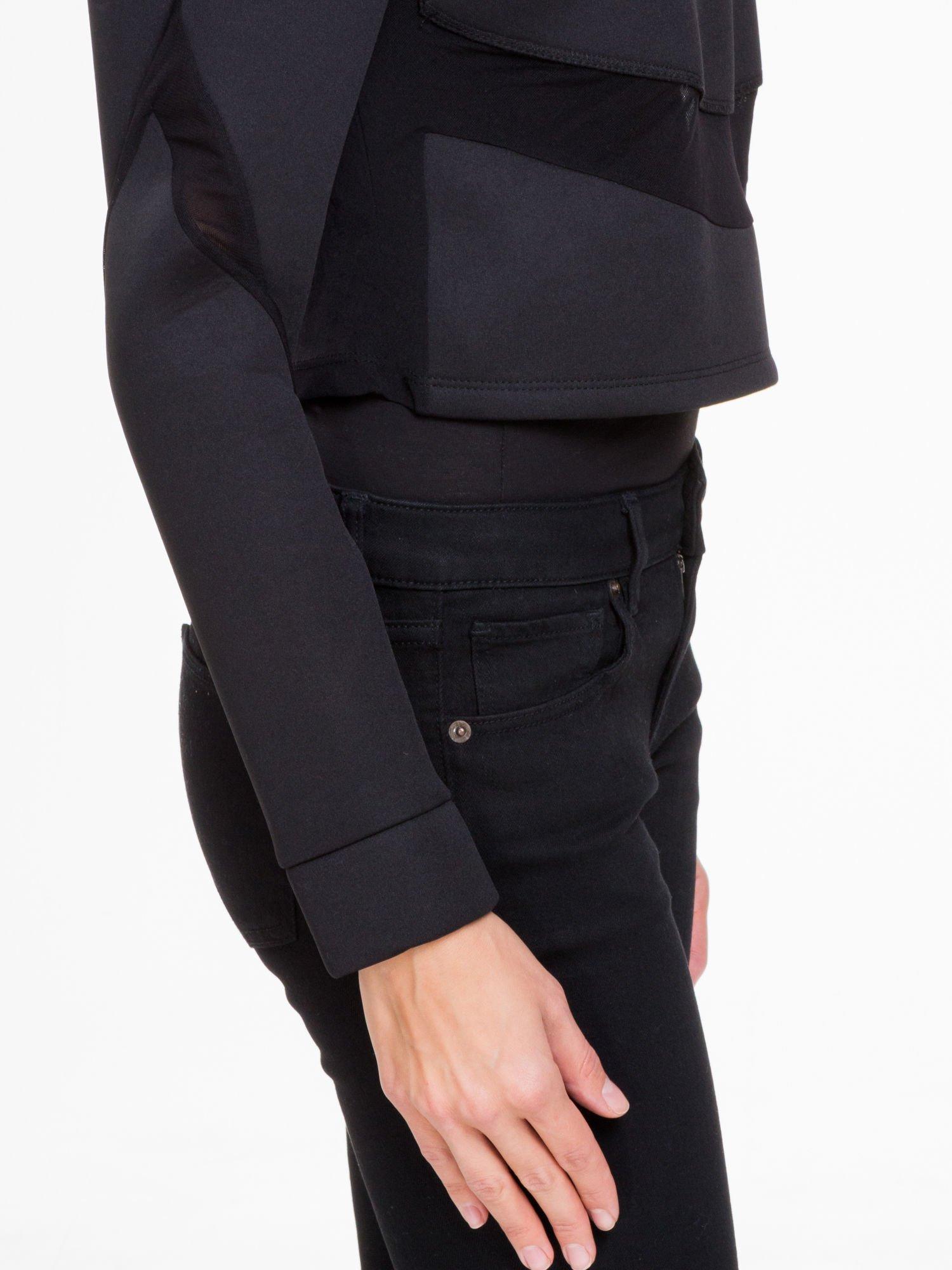 Czarna bluzka z neoprenu z tiulowymi wstawkami                                  zdj.                                  7