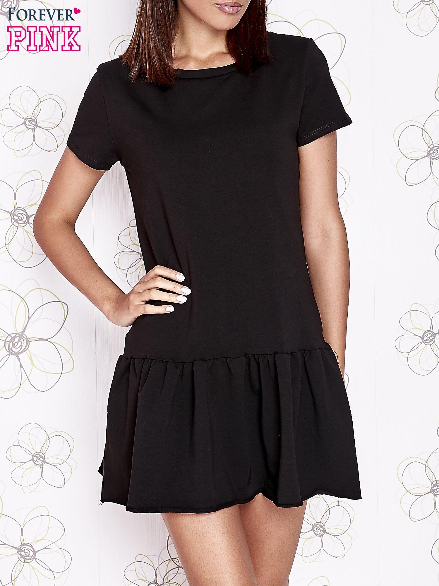 Czarna dresowa sukienka z wycięciem na plecach                                   zdj.                                  1