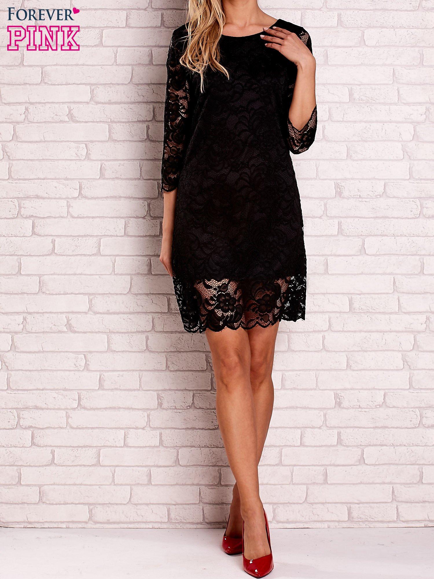 Czarna koronkowa sukienka z wiązaniem na plecach                                  zdj.                                  2