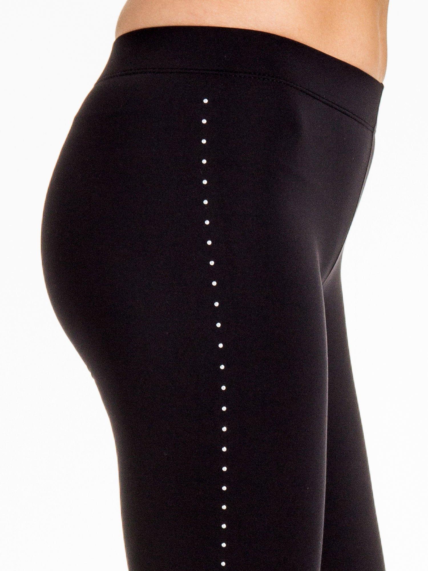 Czarna legginsy z dżetami wzdłuż nogawki                                  zdj.                                  7