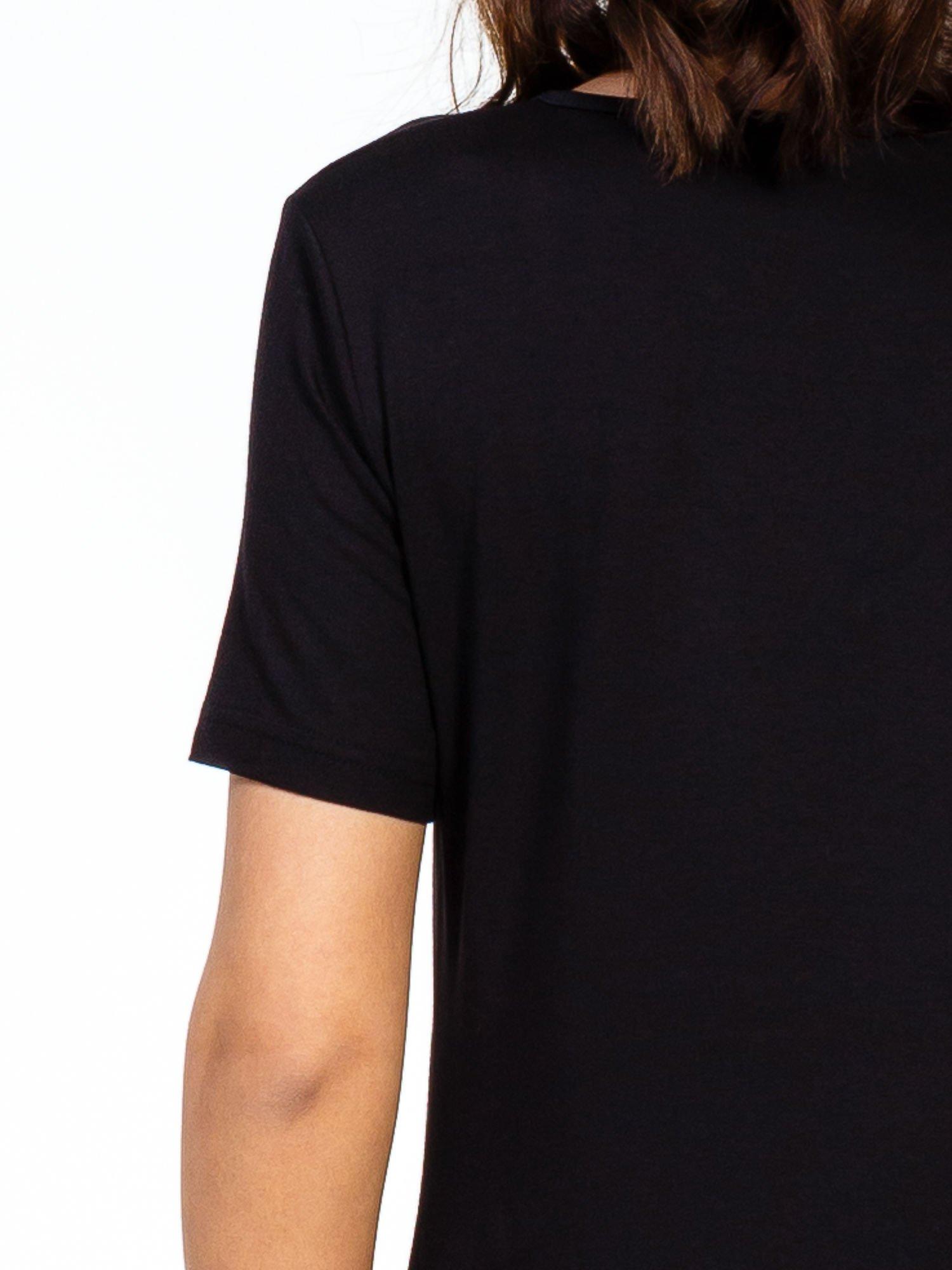 Czarna luźna sukienka z asymetrycznym dołem                                  zdj.                                  7