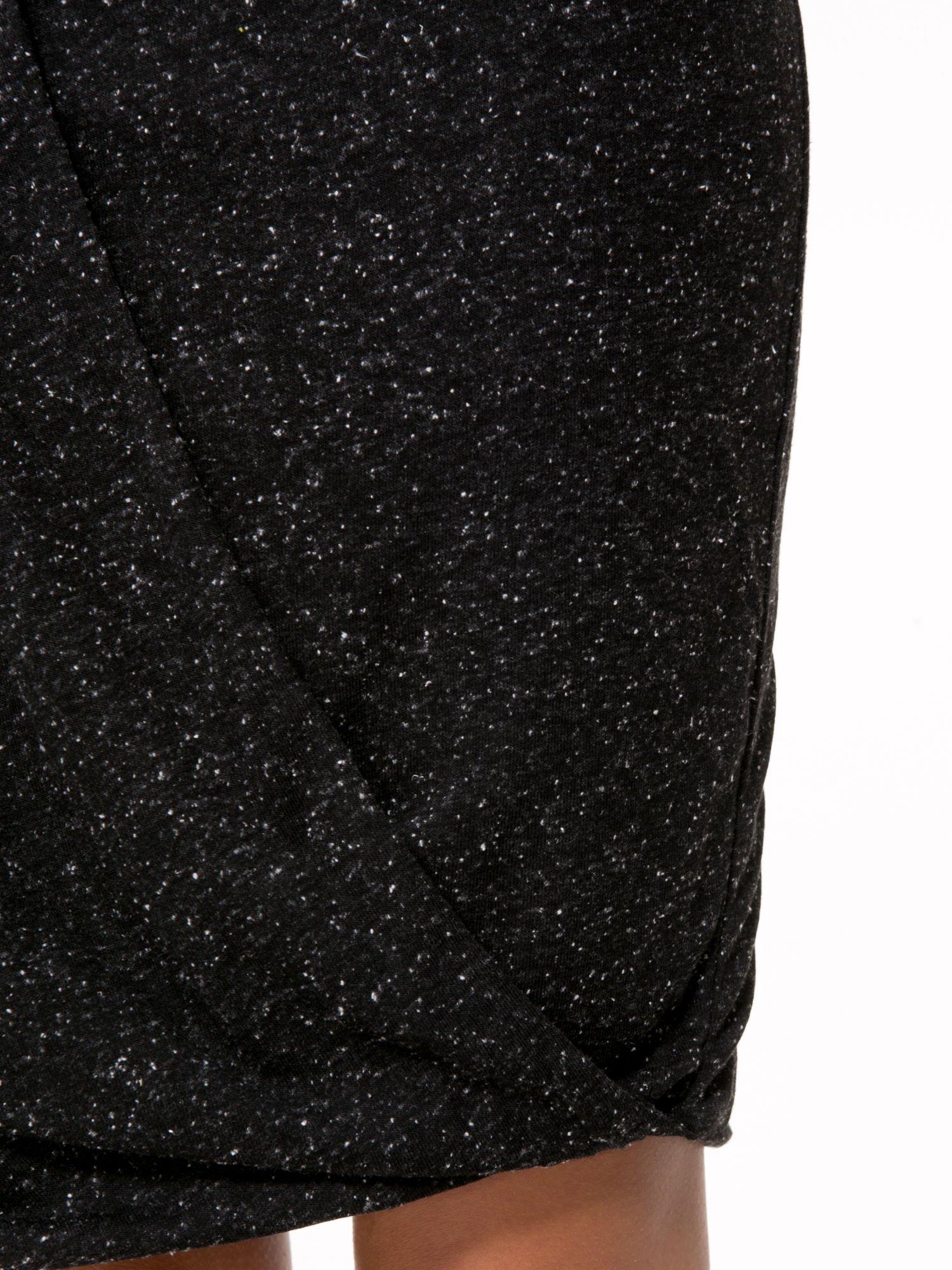 Czarna melanżowa spódnica z drapowaniem                                  zdj.                                  6