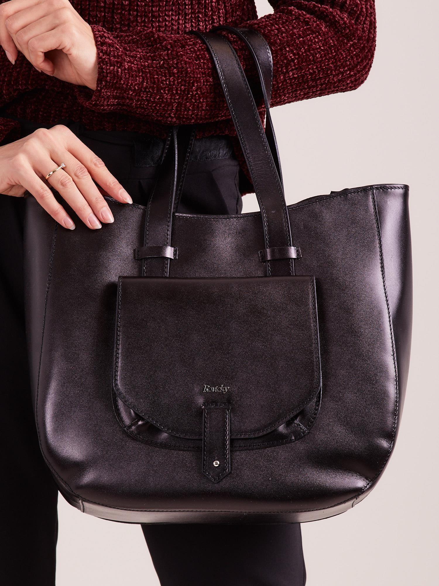 ebb3fcd4be08f Czarna skórzana torba z odpinanym paskiem - Akcesoria torba - sklep ...