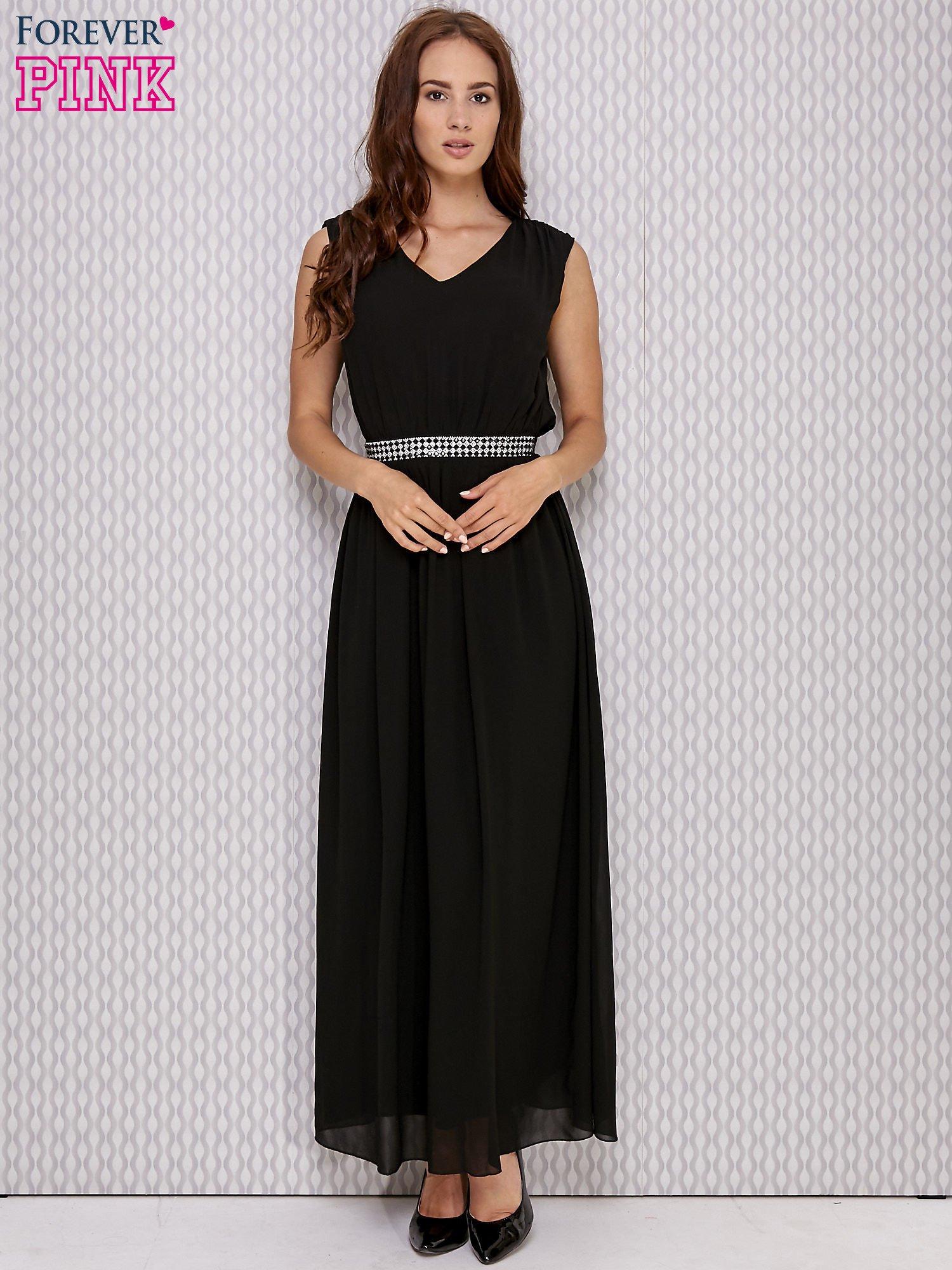 Czarna sukienka maxi z biżuteryjnym pasem                                  zdj.                                  4