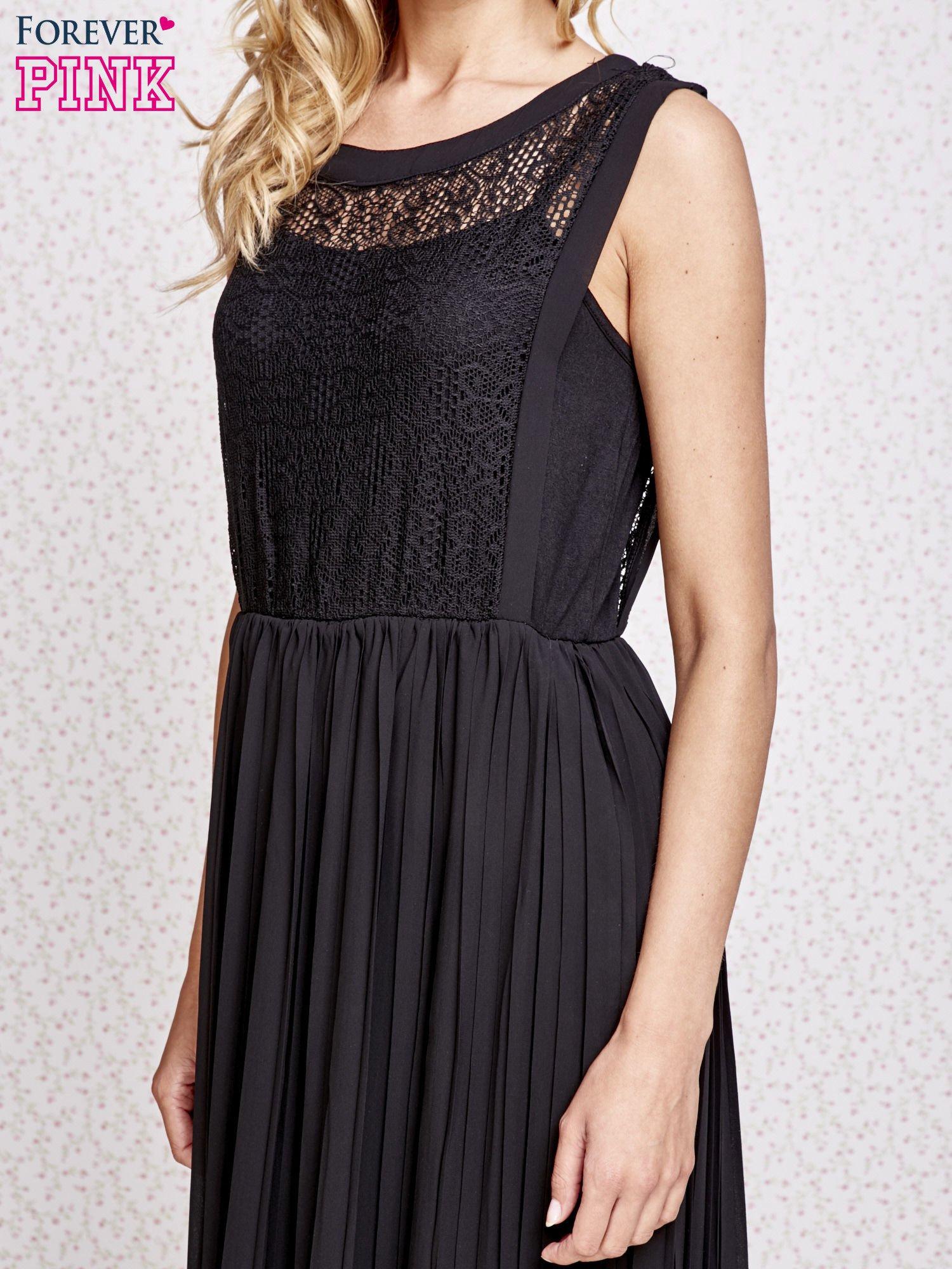 Czarna sukienka maxi z koronkowym przodem                                  zdj.                                  5