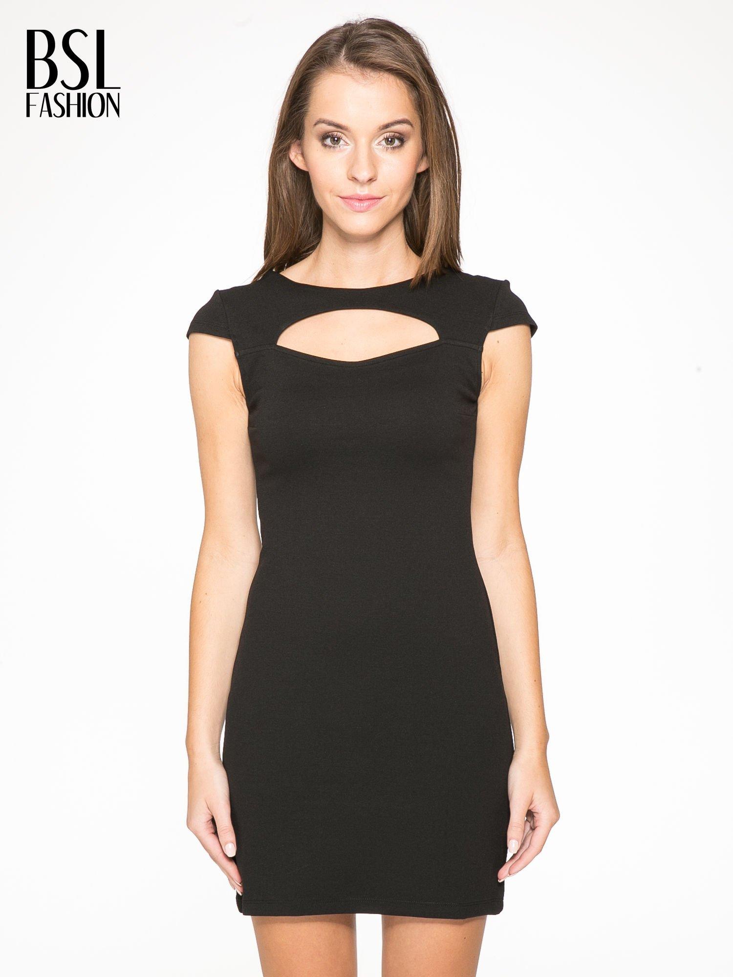 Czarna sukienka tuba z dekoltem cut out                                  zdj.                                  1