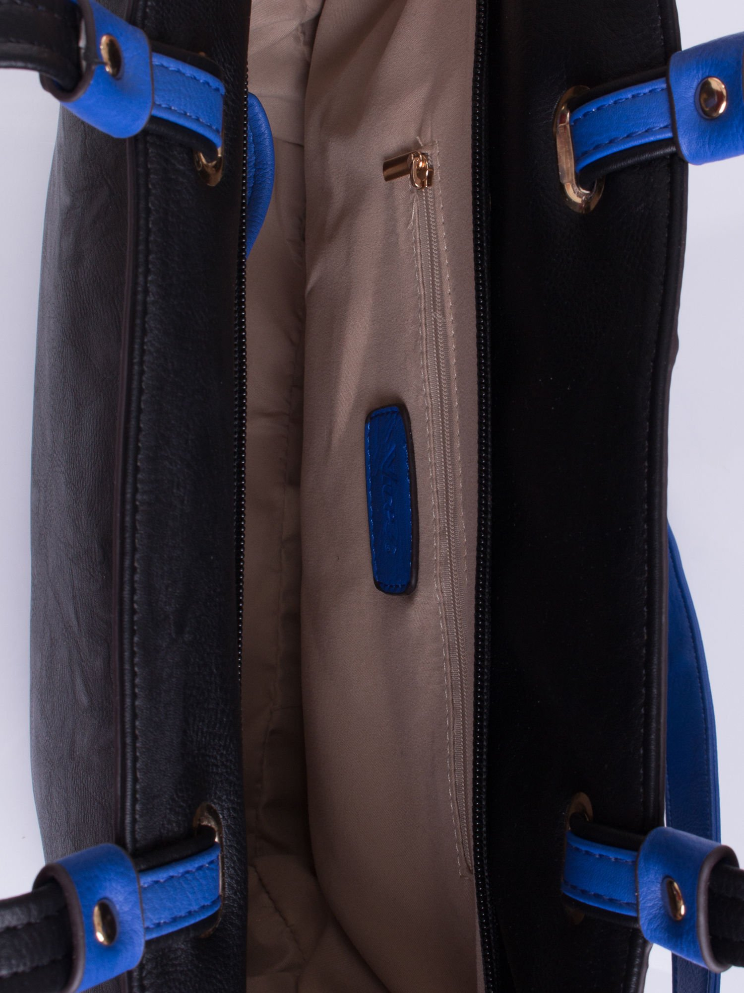 Czarna torba shopper bag z ozdobnymi ćwiekami                                  zdj.                                  4