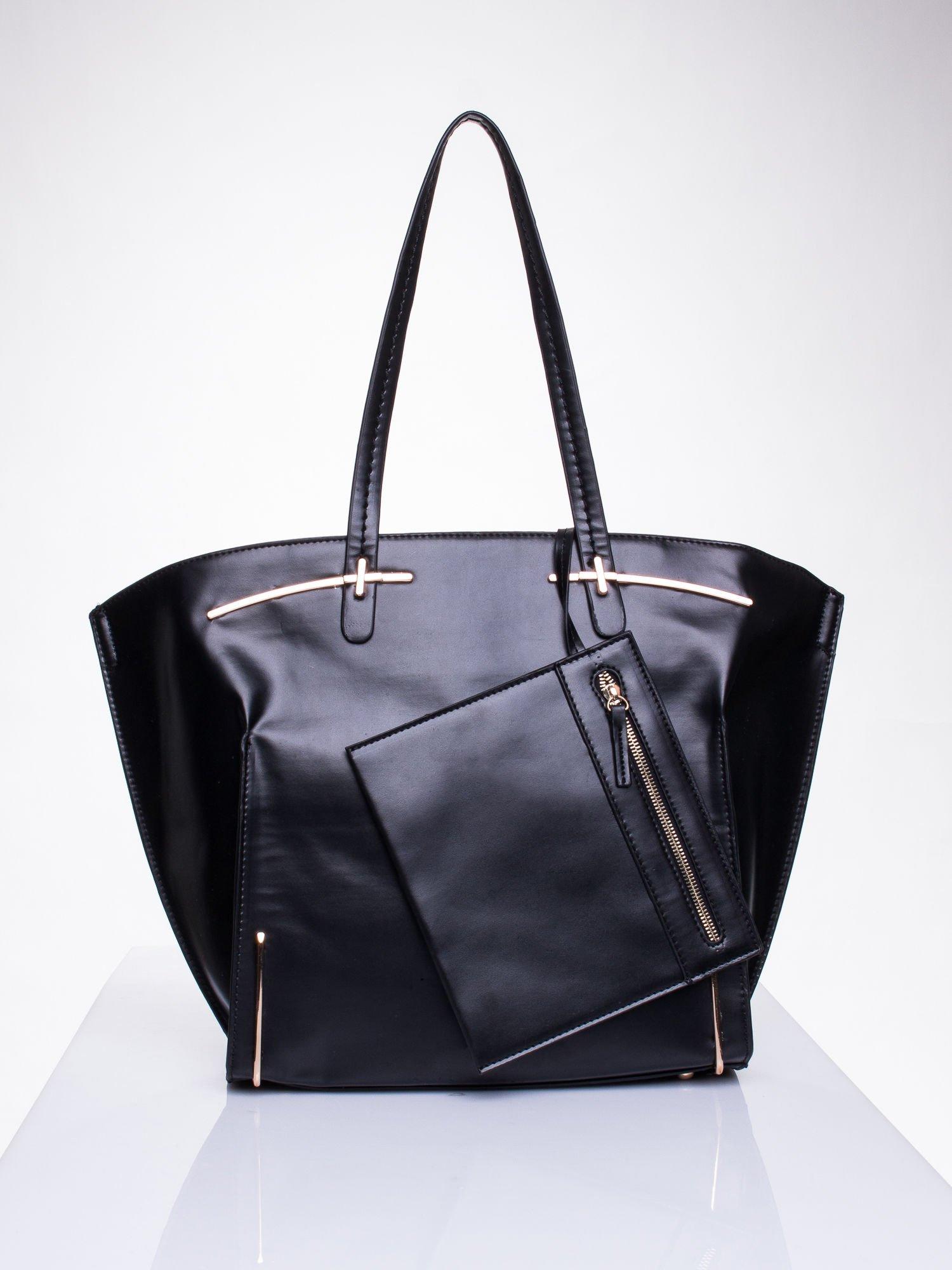 Czarna torba z doczepianą saszetką                                  zdj.                                  1