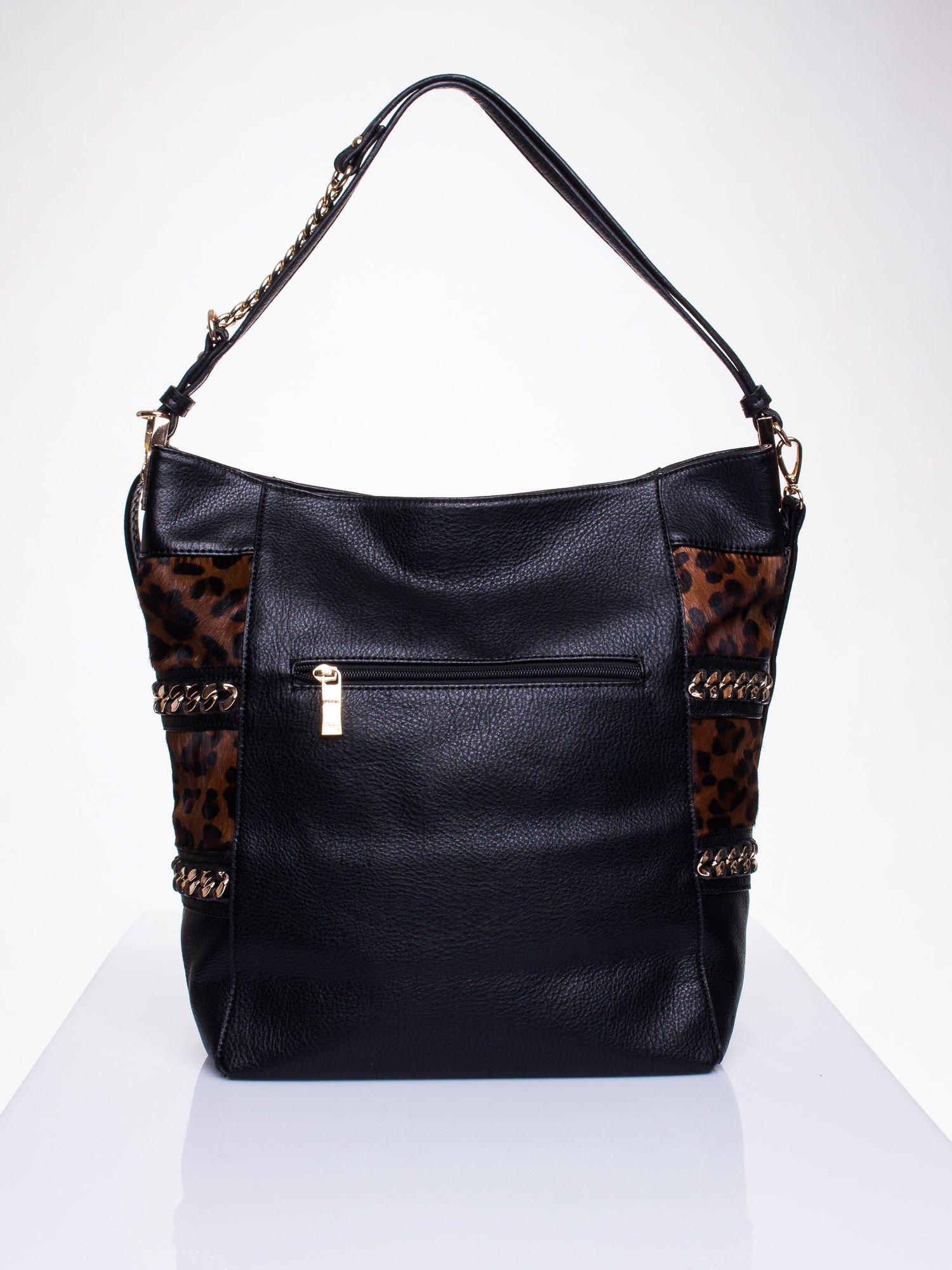 Czarna torba z motywem panterkowym i odpinanym paskiem                                  zdj.                                  2